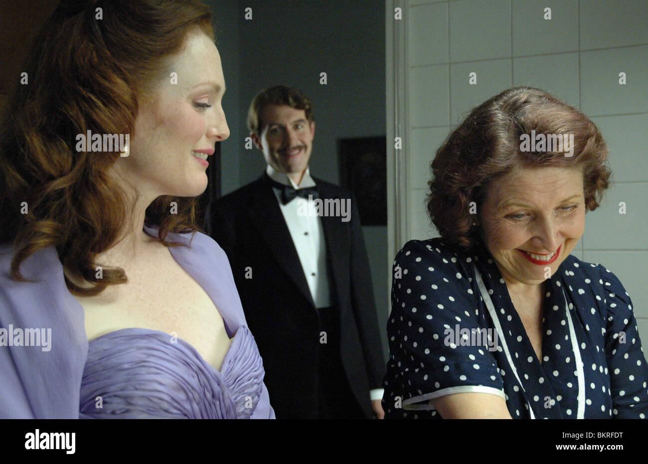 SAVAGE GRACE (2007) JULIANNE MOORE, STEPHEN DILLANE, ANN REID TOM KALIN (DIR) 004 - Stock Image