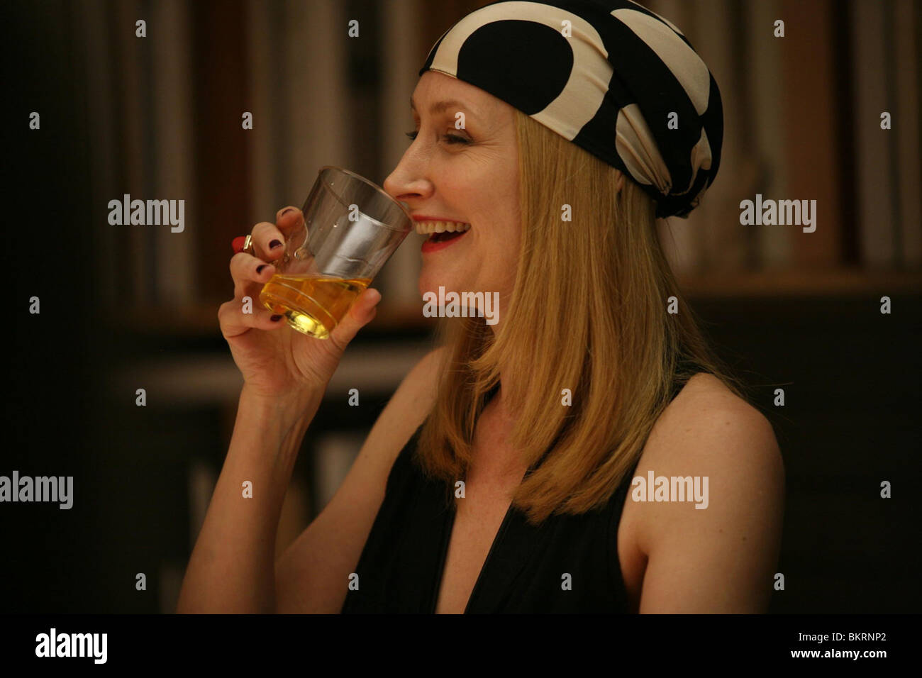 WHATEVER WORKS (2009) PATRICIA CLARKSON WOODY ALLEN (DIR) 007 - Stock Image