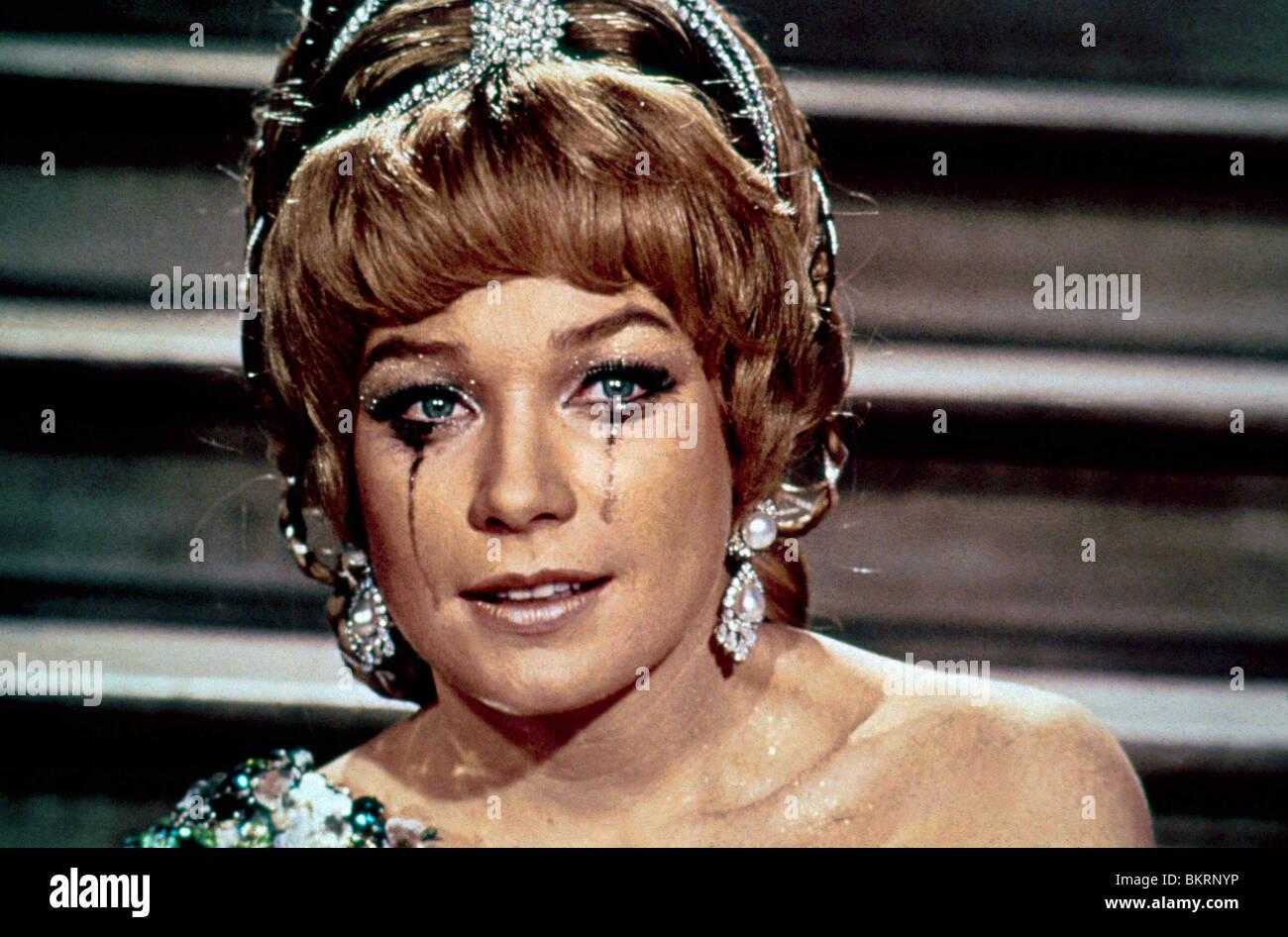 vittorio de sica & shirley maclaine woman times seven (1967 stock
