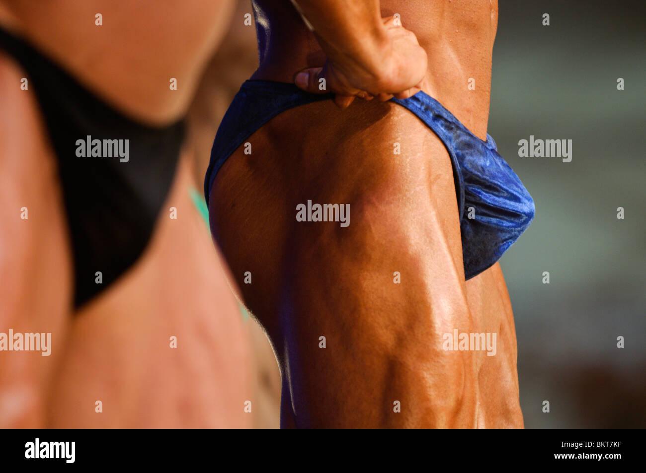 bodybuilder posing - Stock Image