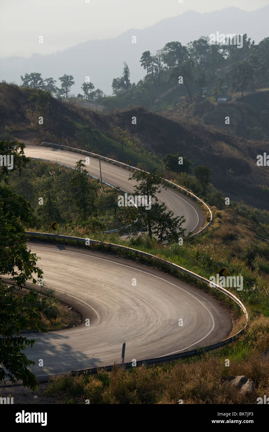 Concentric curves in a roadway in Thailand - Stock Image