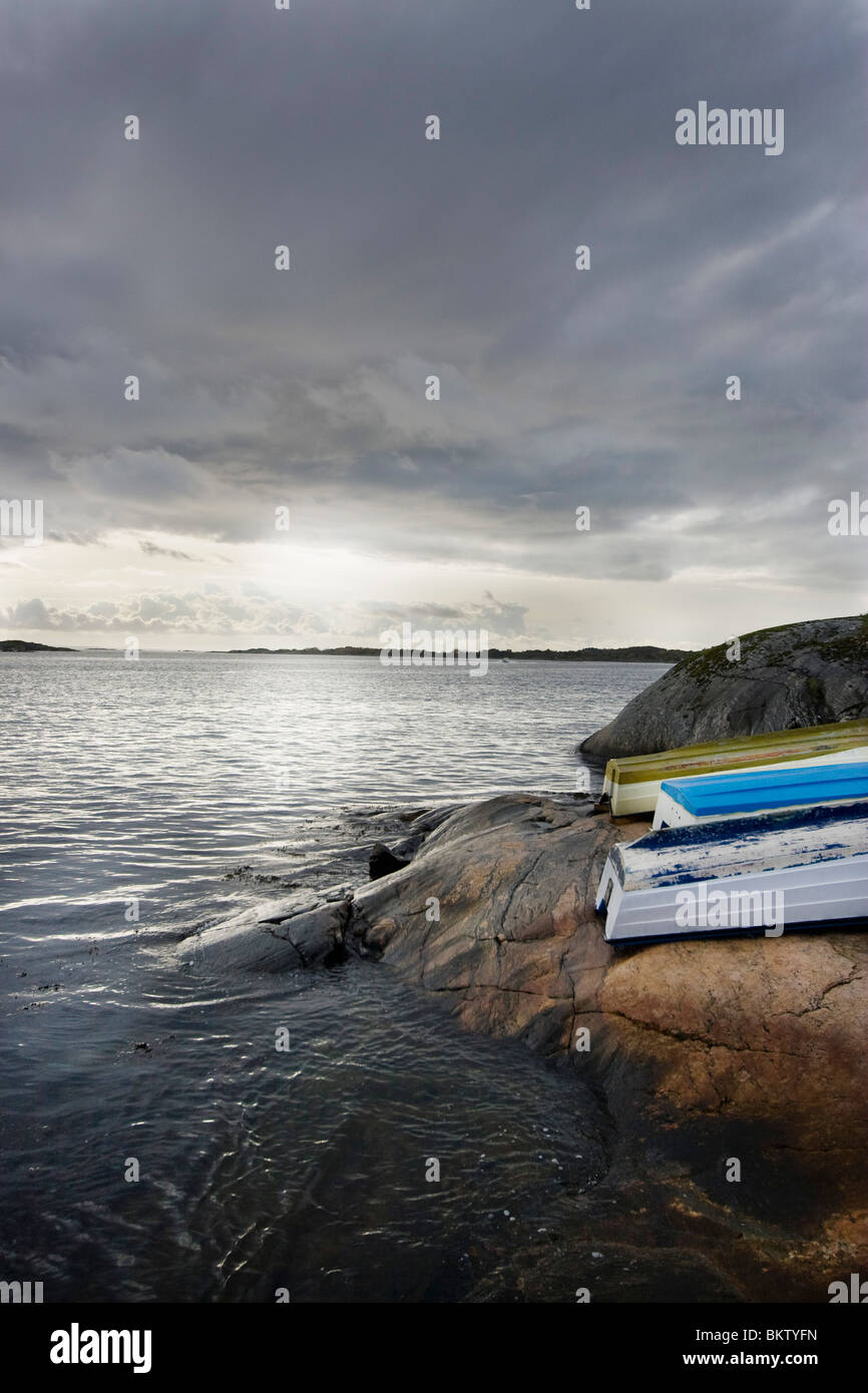 Boats on rock in the archipelago - Stock Image