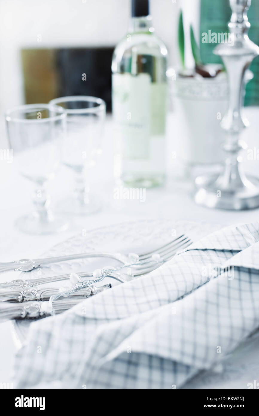 Bright dinnertable - Stock Image