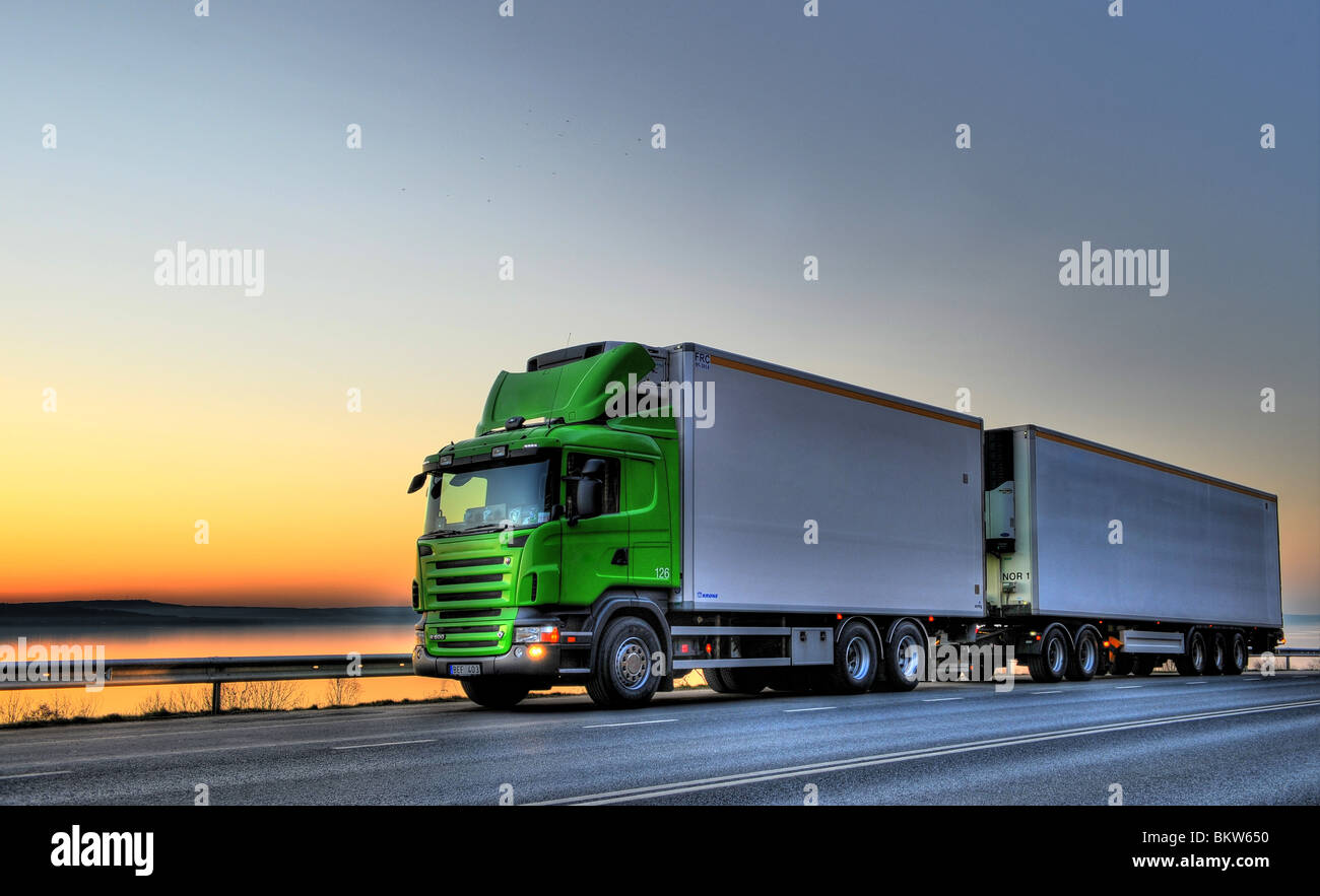 Long-distance lorry on the go - Stock Image