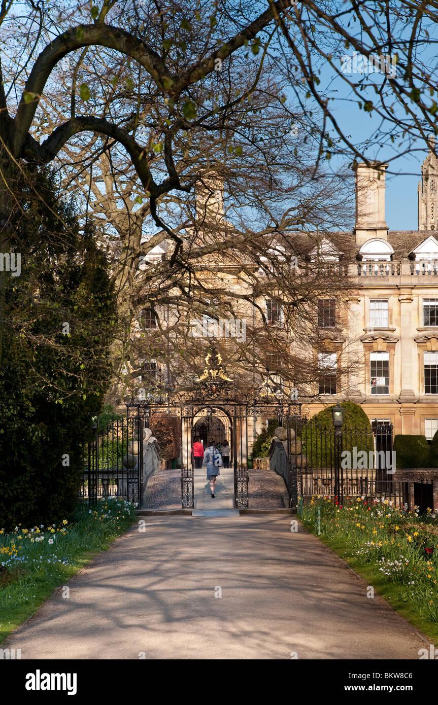 Student entering Clare University College Cambridge Stock Photo