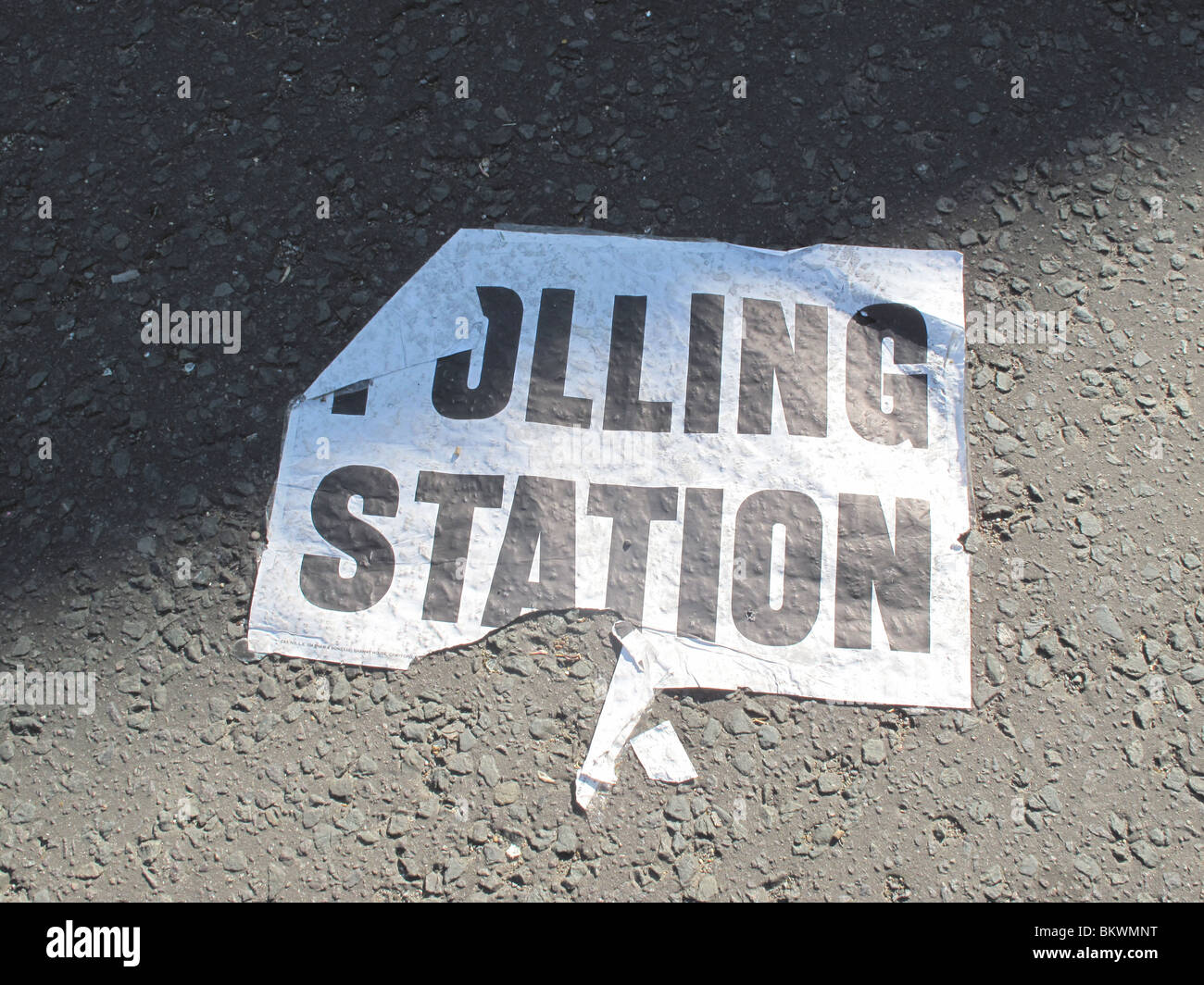 Polling Station sign General Election 2010 - Stock Image