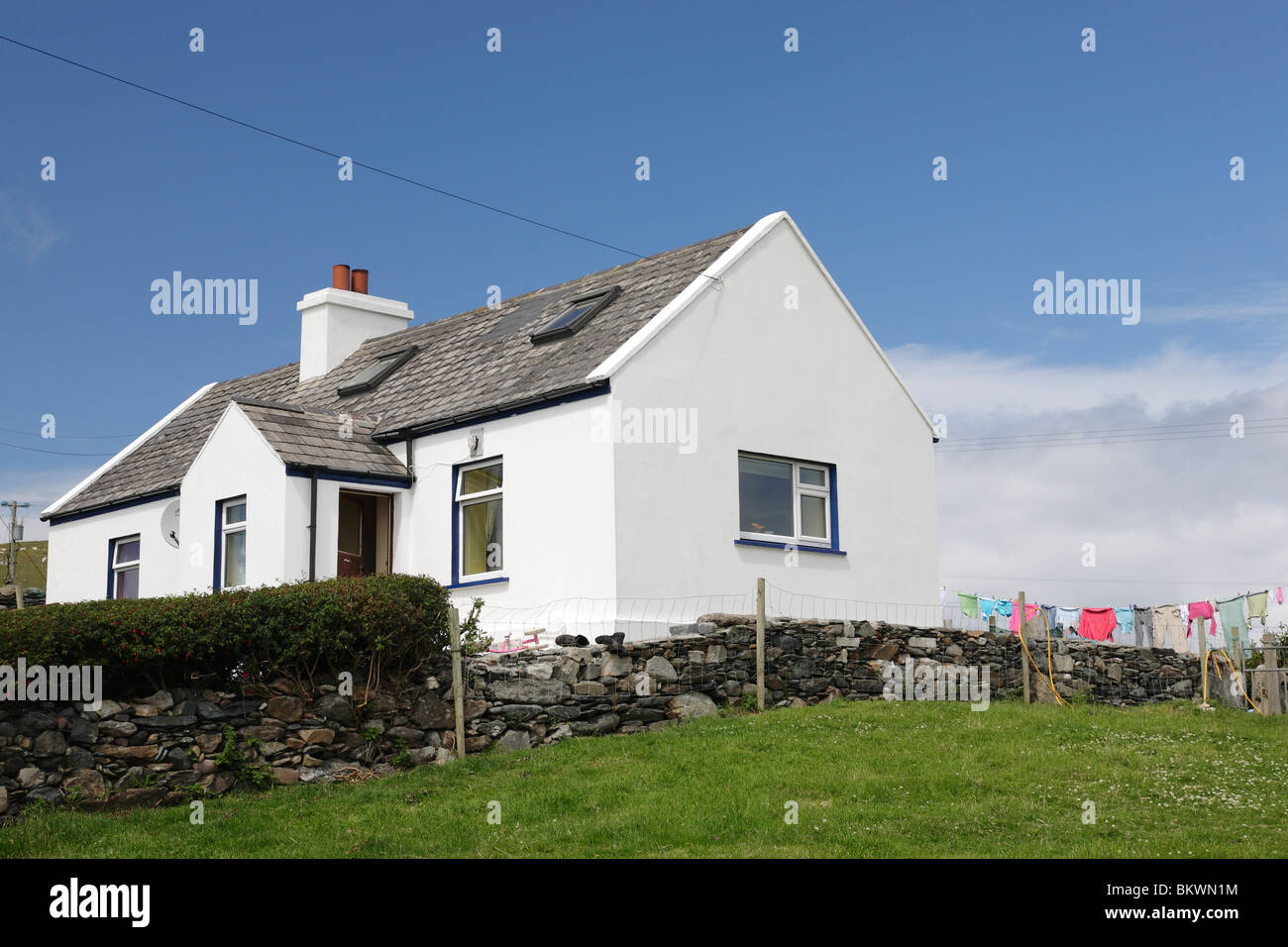 traditional cottage on Inishbofin Island - Stock Image