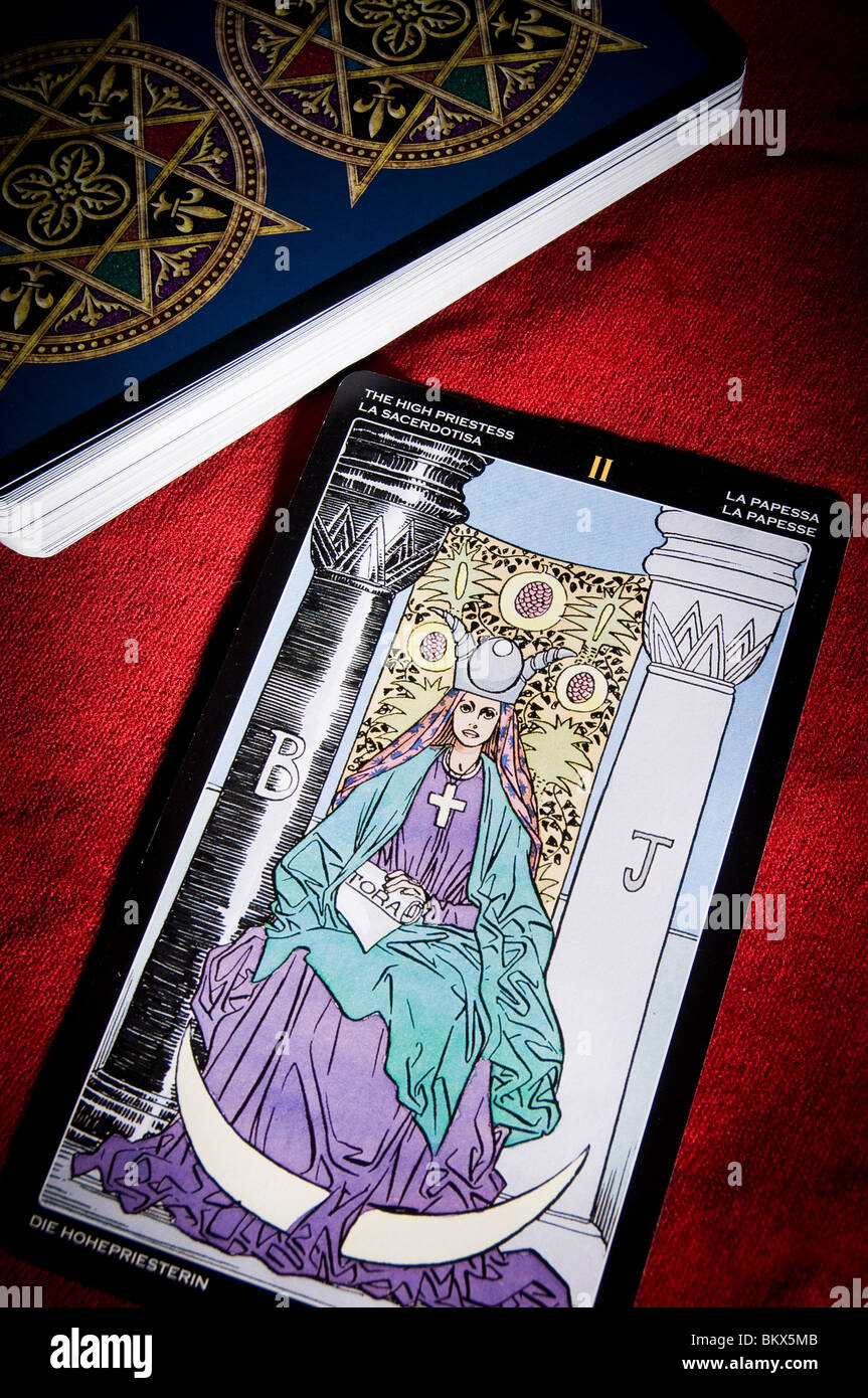 tarot card of the Priestess - Stock Image