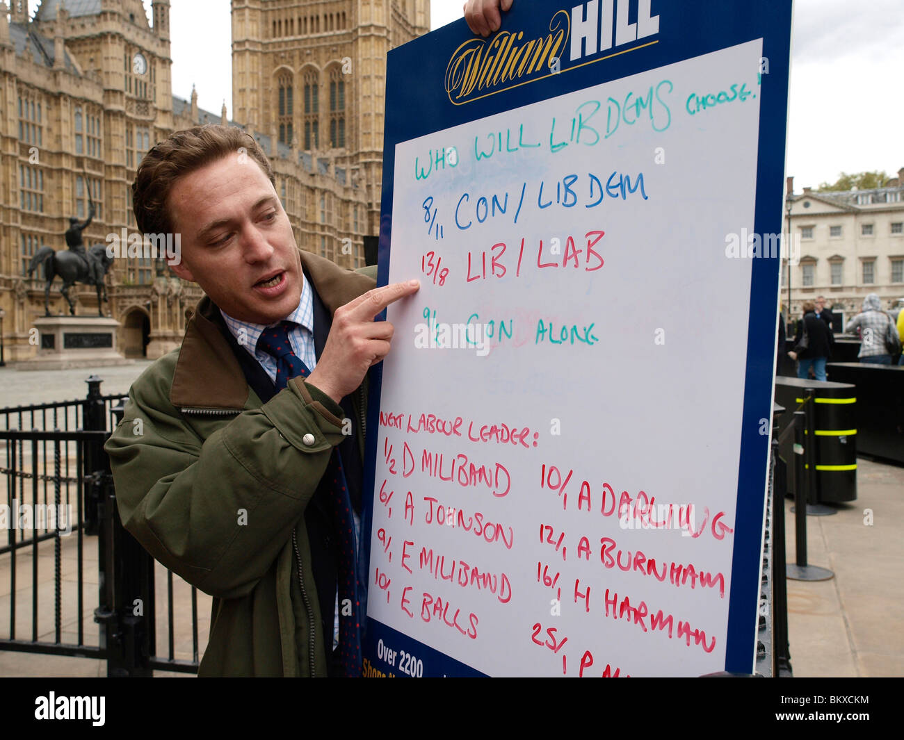 Bookmaker William Hill gives odds on who will form the new government and who will be the new Prime Minister outside - Stock Image