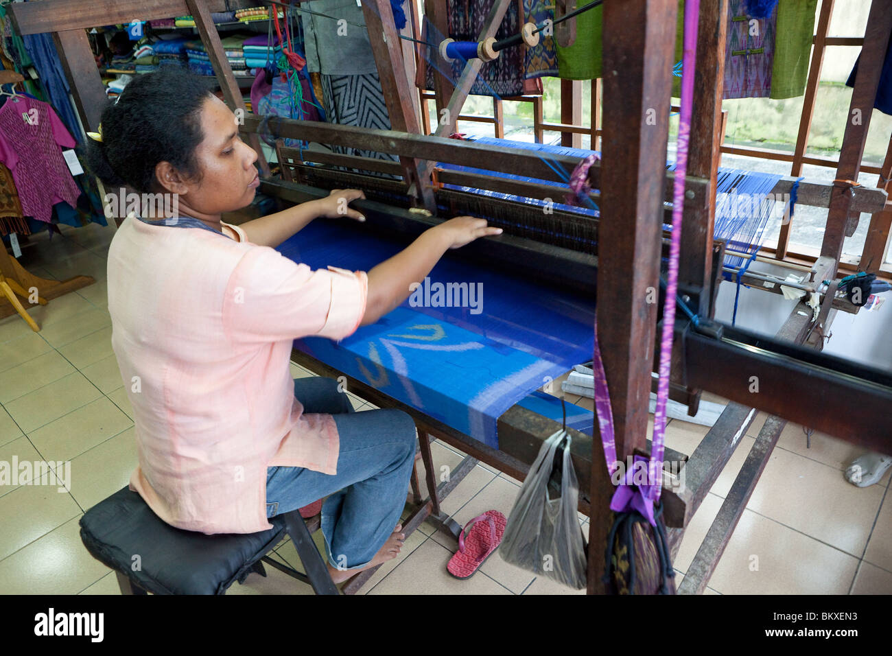 Ikat weaving in Ubud, Bali, Indonesia - Stock Image