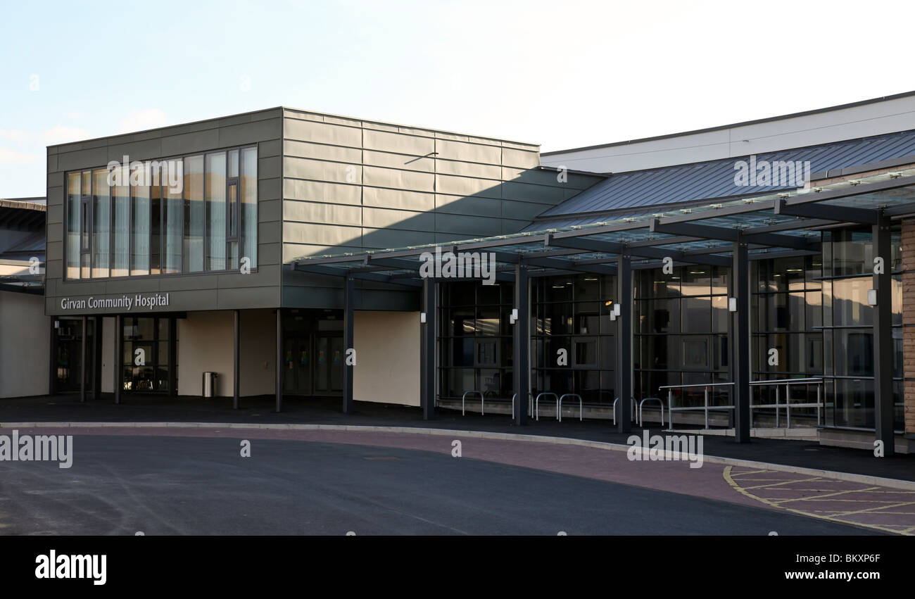The main entrance to Girvan Community Hospital, opened for patients on 30th April 2010. - Stock Image