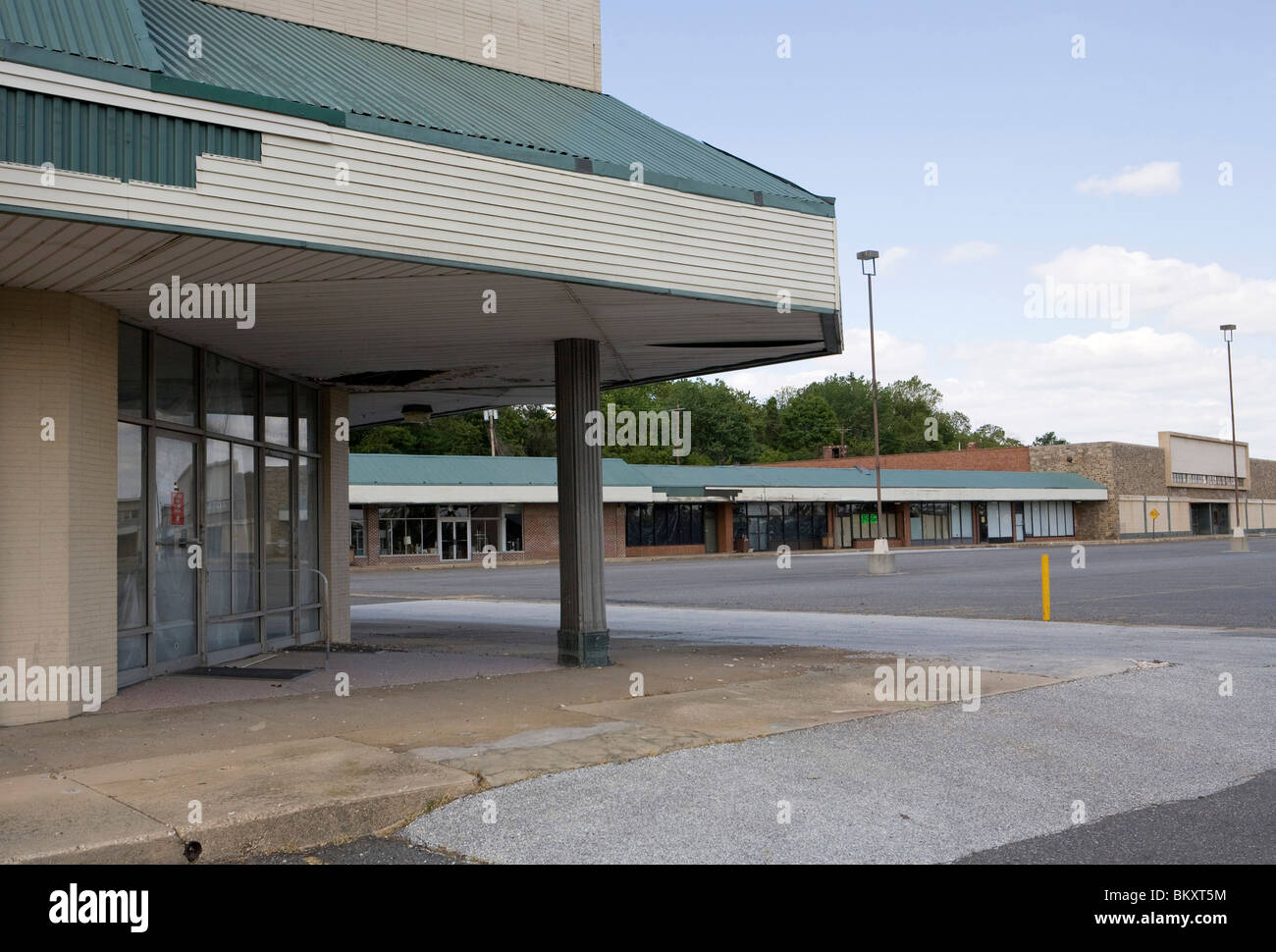 An empty retail shopping center.  - Stock Image