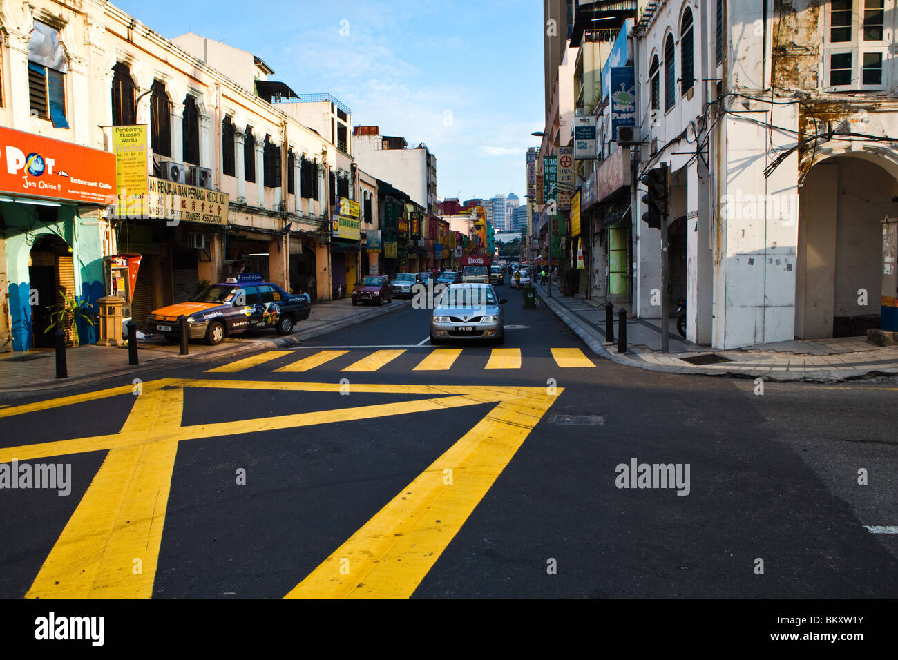Old shophouses in Chinatown - Stock Image