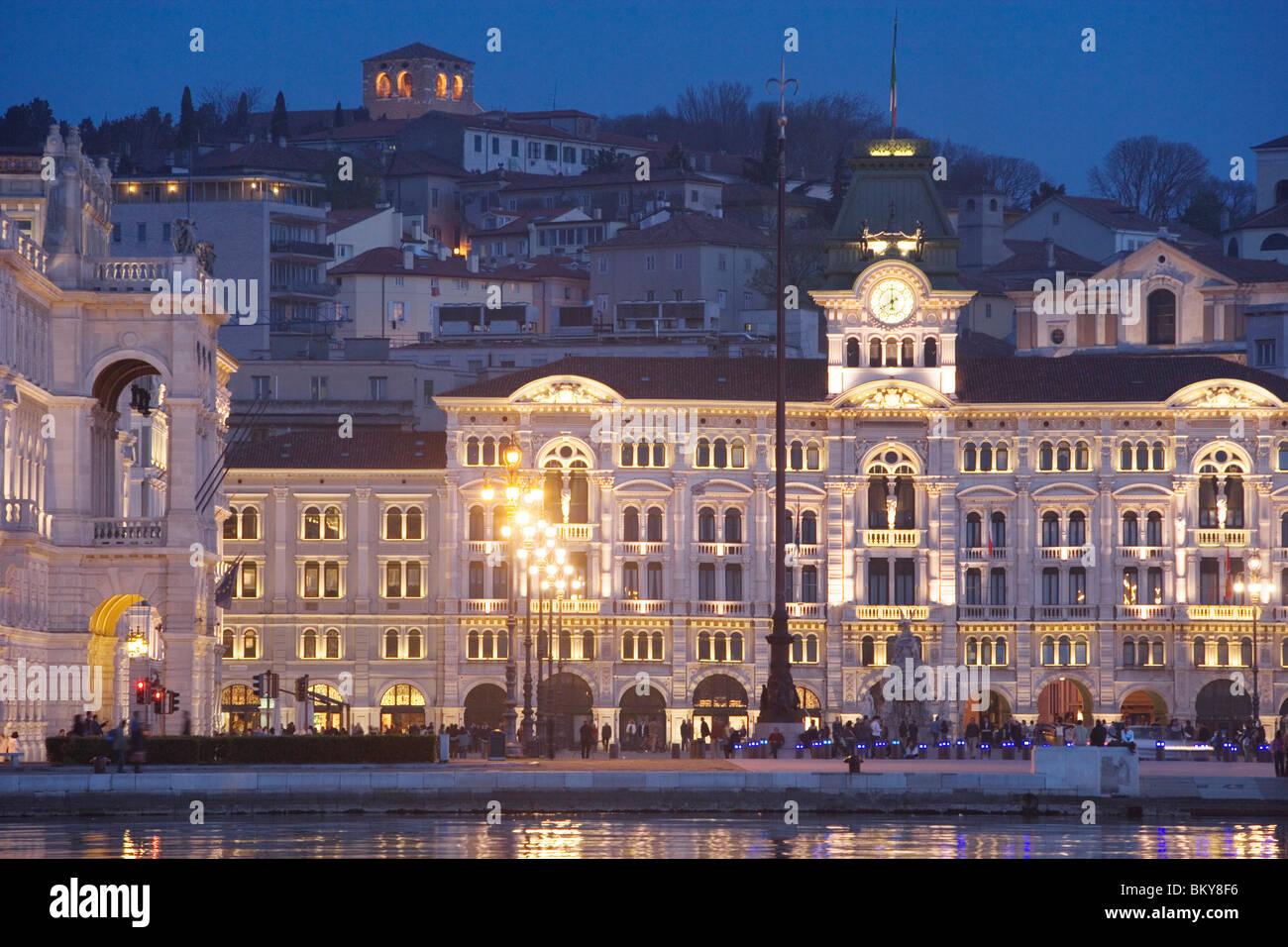 Piazza dell'Unita d'Italia and the city hall, Trieste, Friuli-Venezia Stock  Photo - Alamy
