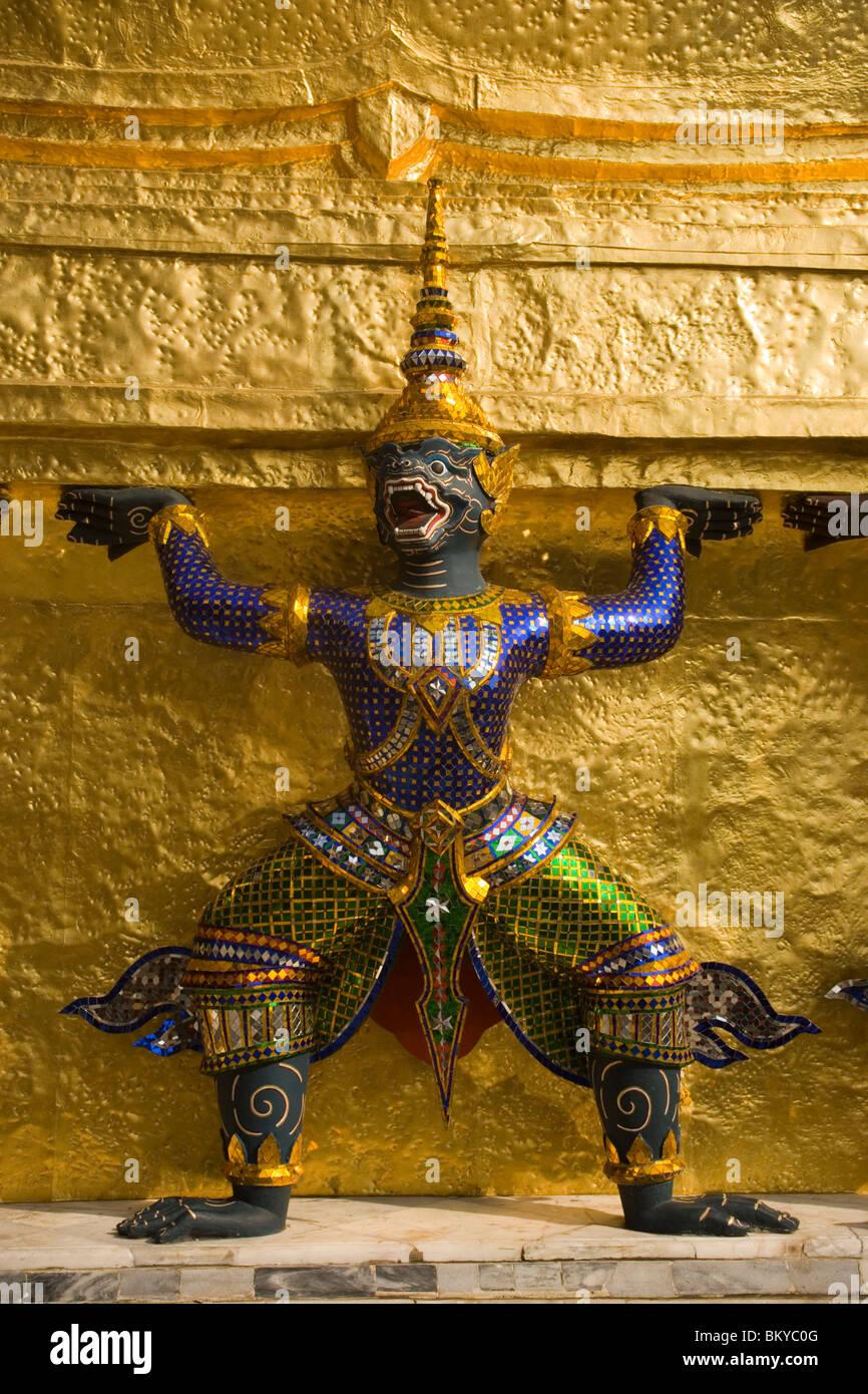 Caryatid of a golden Chedi, Wat Phra Kaew, the most important Buddhist temple of Thailand, Ko Ratanakosin, Bangkok, - Stock Image