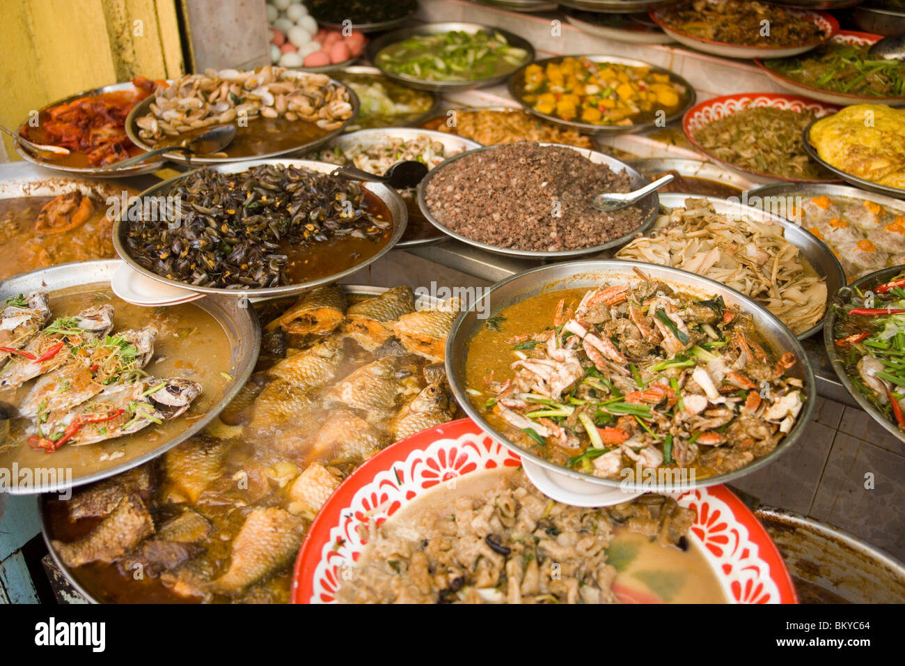 A Selection Of Chinese Food Chinatown Bangkok S Oldest