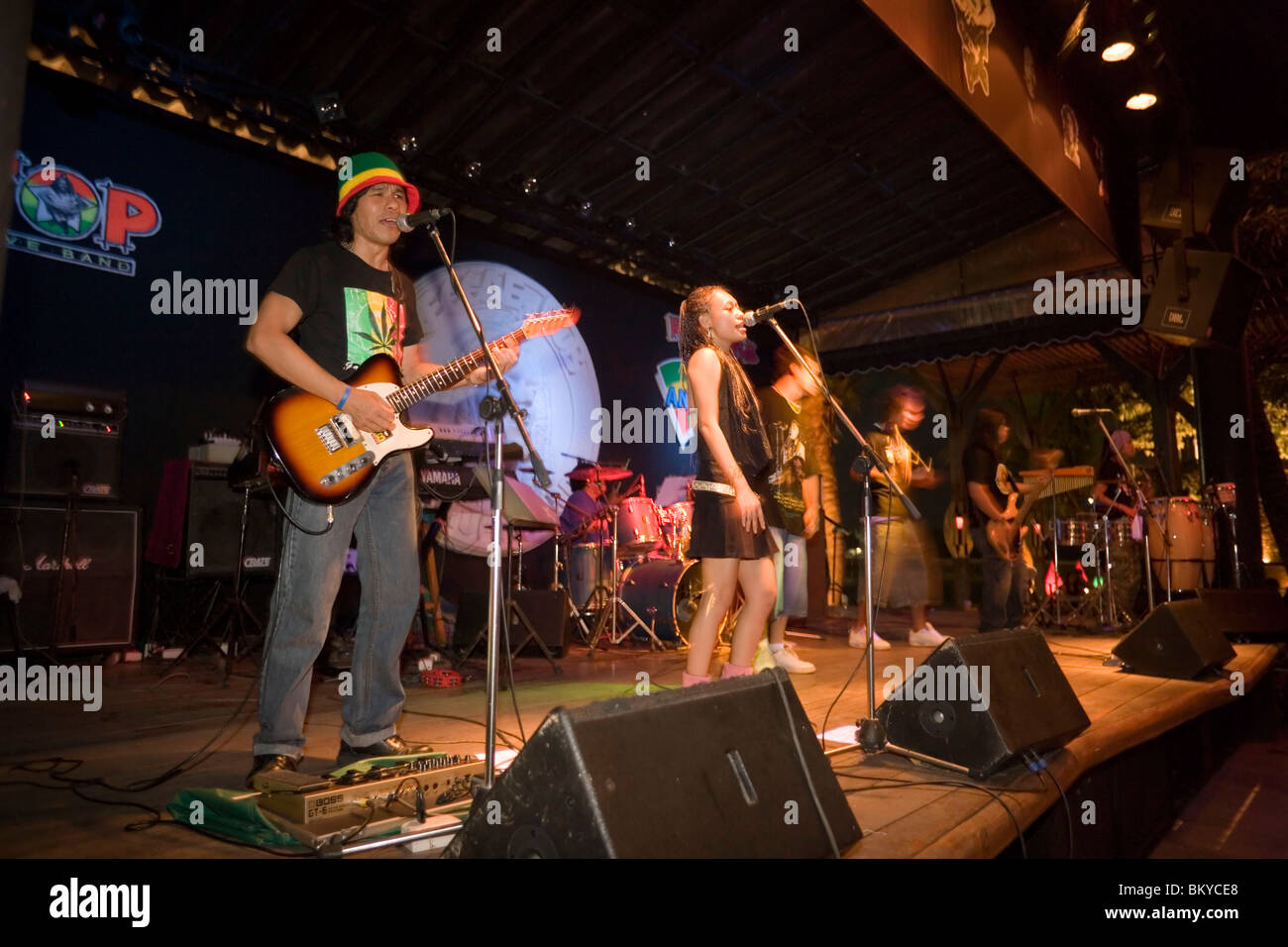 Band on stage of the Reggae Pub, Chaweng Beach, Hat Chaweng Central, Ko Samui, Thailand - Stock Image
