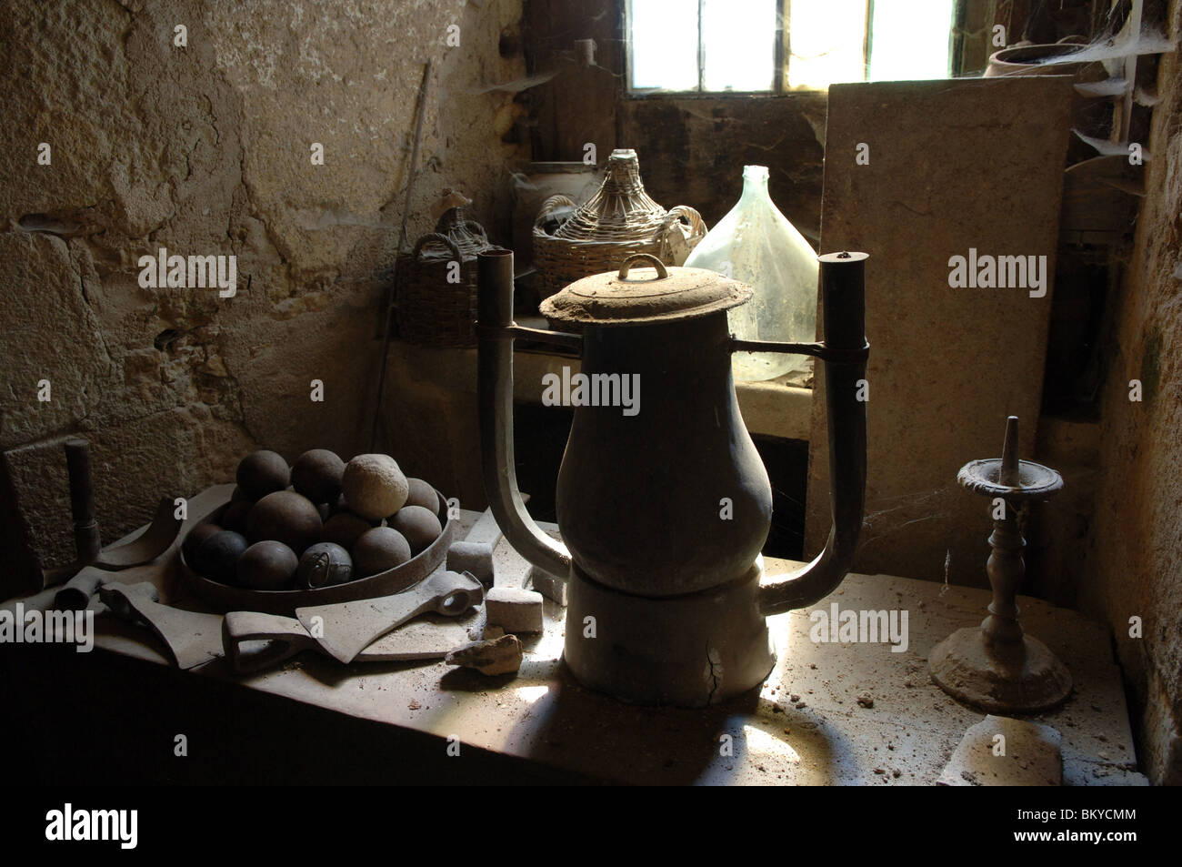 Old dusty tools in rural France - Stock Image