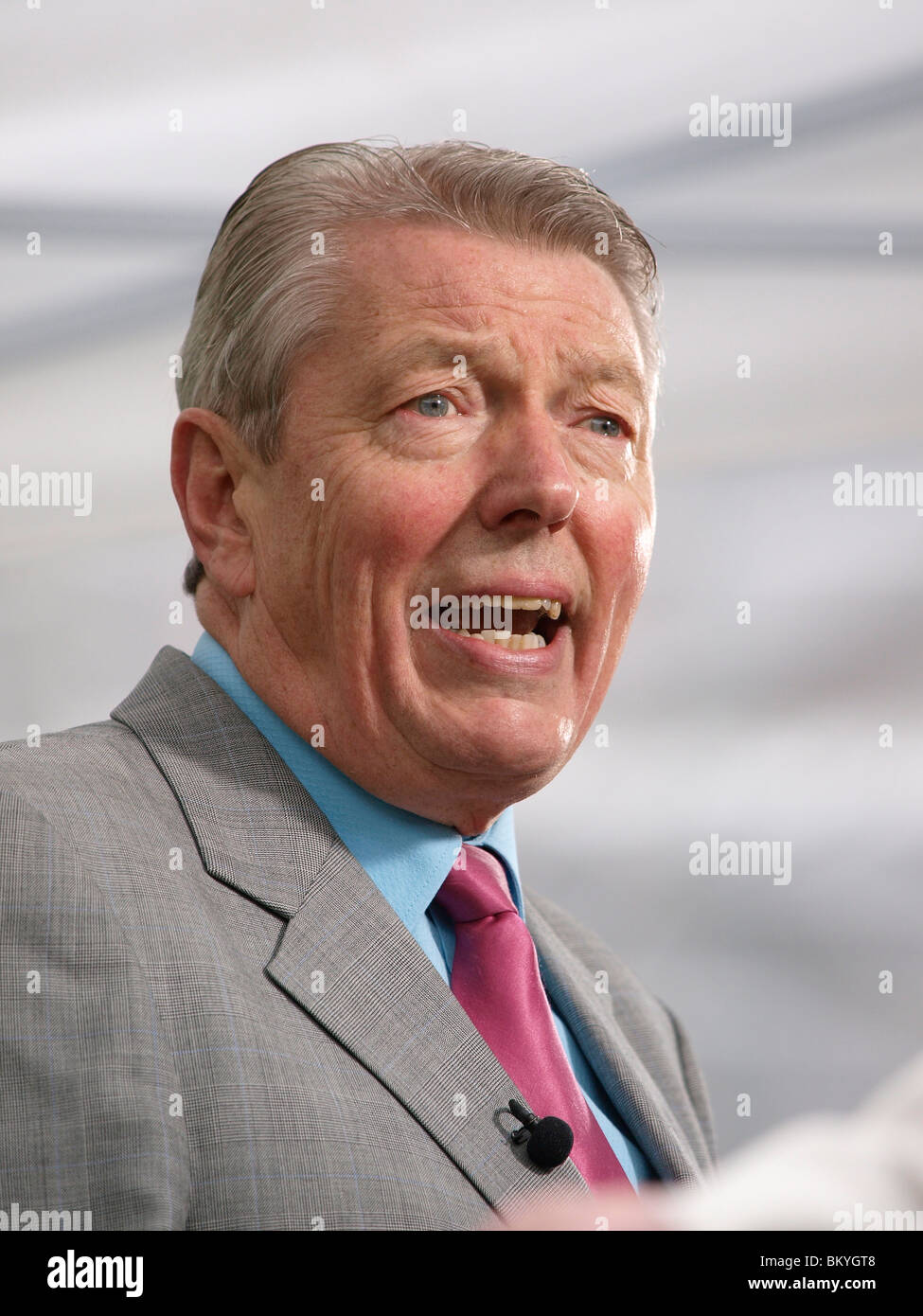 Former Labour Home Secretary Alan Johnson speaking to the media on College Green outside Parliament on 11th May - Stock Image