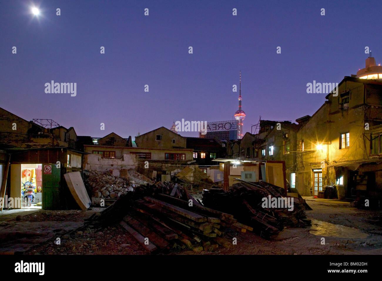demolitian Hongkou, redevelopment area, Pearl Orient, Tower - Stock Image