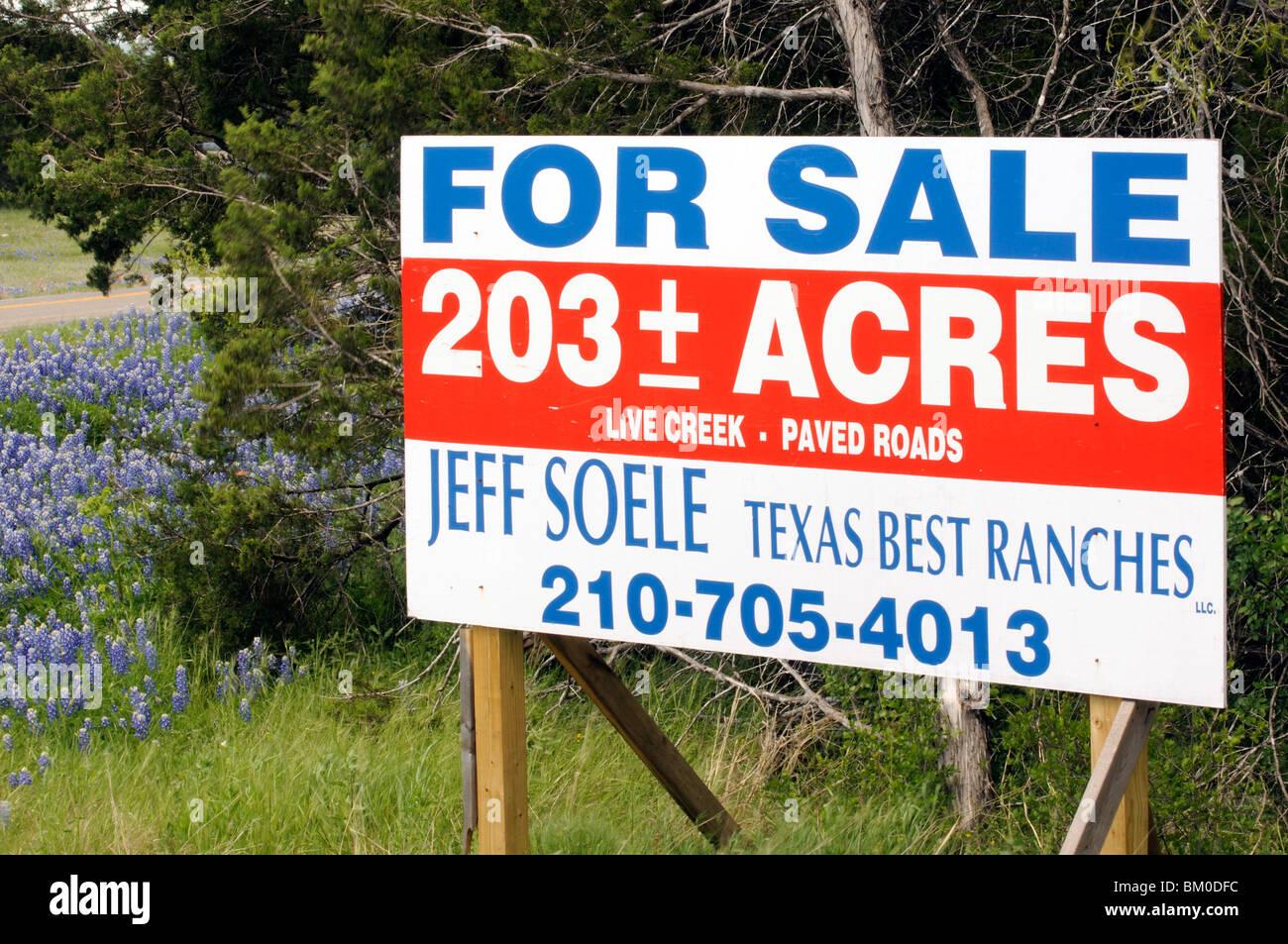 Land Sale Sign Texas Usa Stock Photos & Land Sale Sign Texas