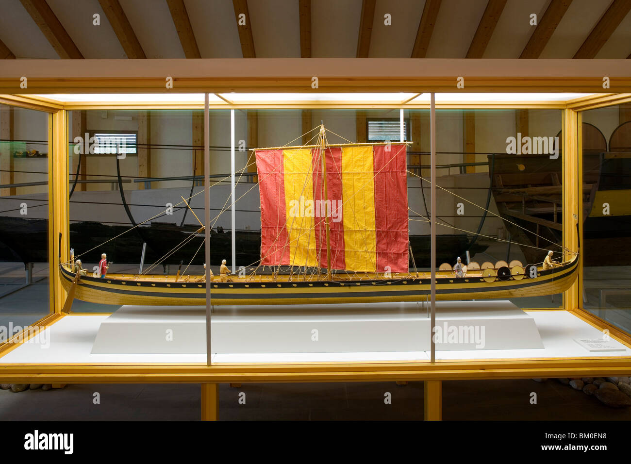 Model of a long-boat in the viking Museum Haithabu, near Schleswig, Schleswig-Holstein, Germany, Europe - Stock Image