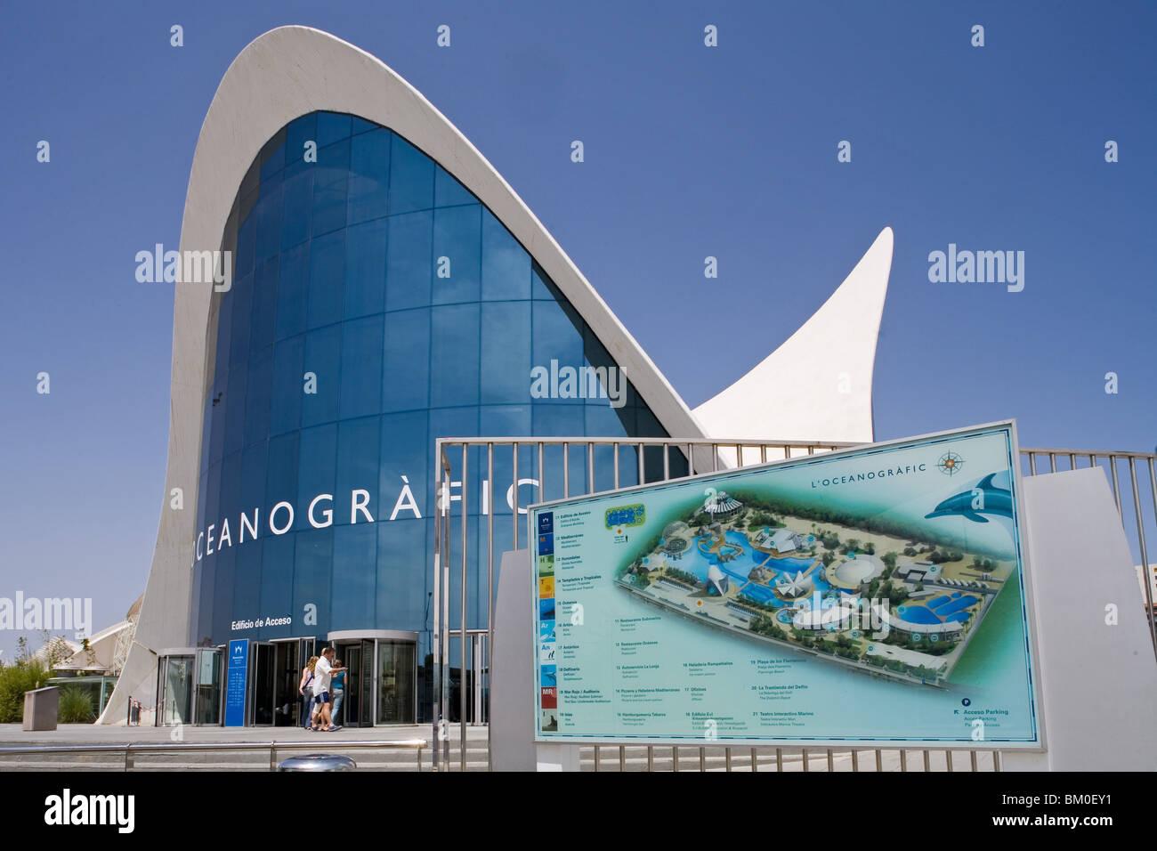 entrance L'Oceanografic, architect Felix Candela, Valencia, Spain - Stock Image