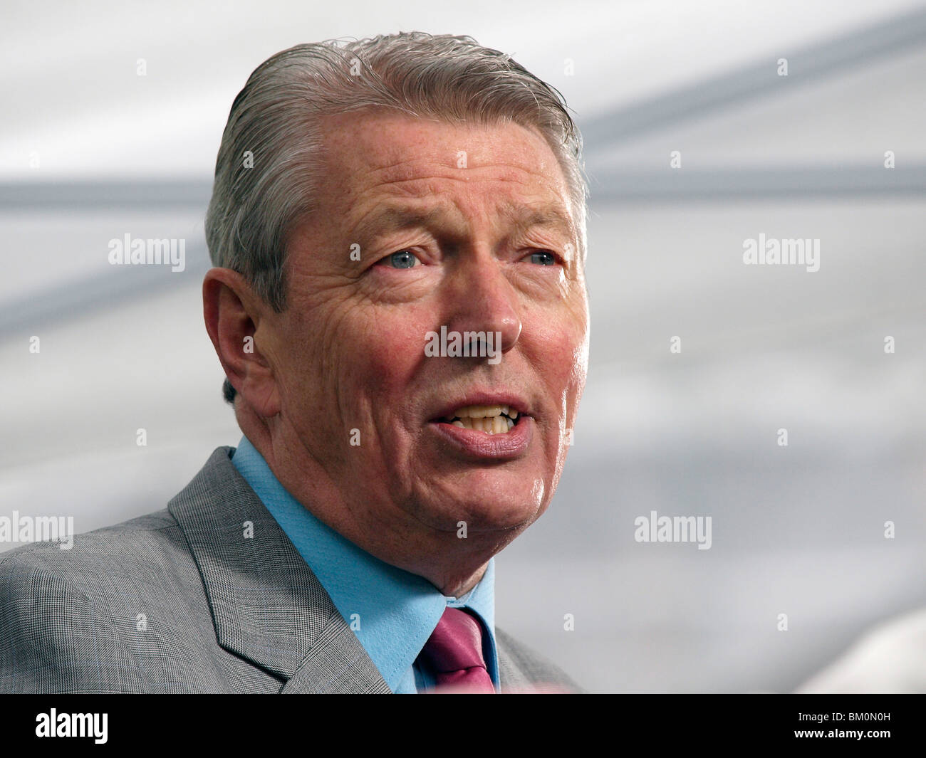 Former Labour Home Secretary Alan Johnson MP speaking to the media on College Green outside Parliament on 11th May - Stock Image