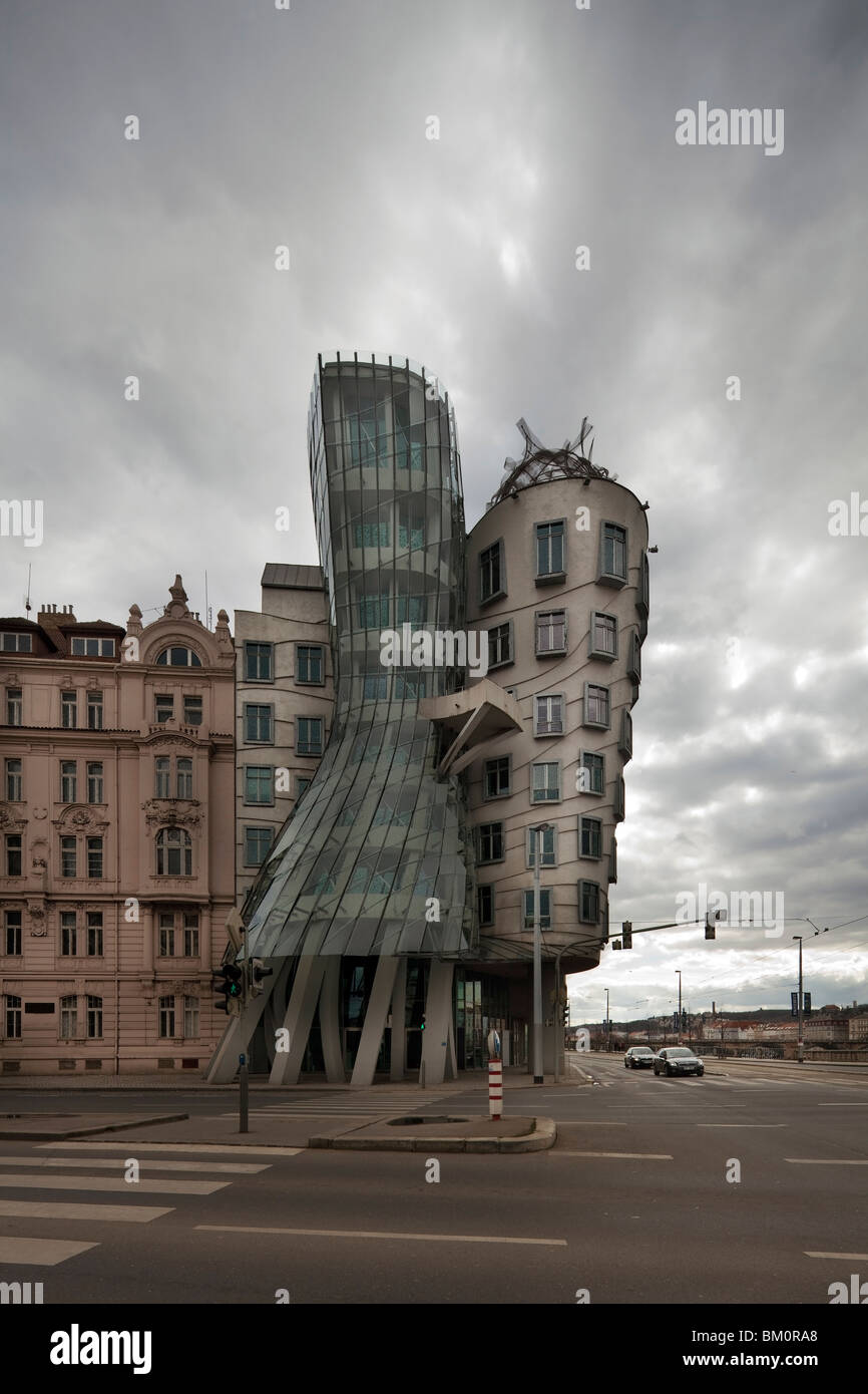 Dancing House by Frank Gehry, Prague, Czech Republic - Stock Image