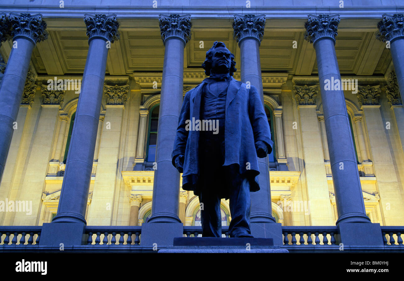 Stephen A. Douglas Statue in front of a government building, Illinois State Capitol, Springfield, Illinois, USA - Stock Image
