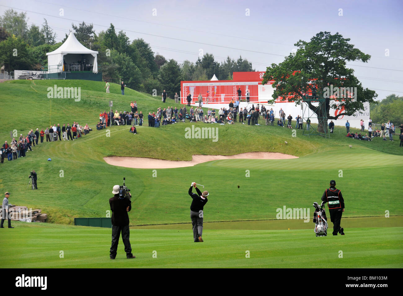 The Celtic Manor Wales Open 2008 - Colin Montgomerie hits an approach shot to the last 29 May 2008 - Stock Image