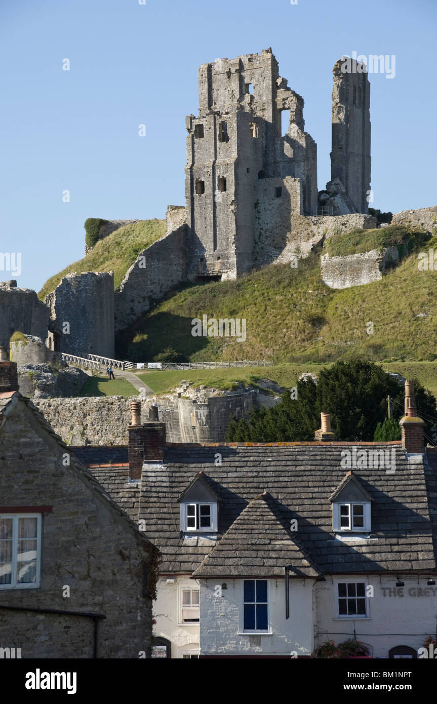 Corfe Castle, built under the instructions of William the Conquerer, Dorset, England, United Kingdom Stock Photo