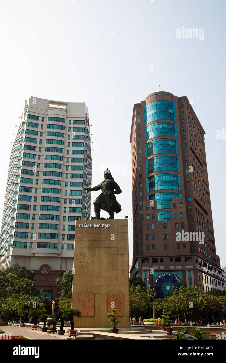 Statue Of Tran Hung Dao And Modern Buildings In Dong Khoi Area Of Ho Stock Photo Alamy