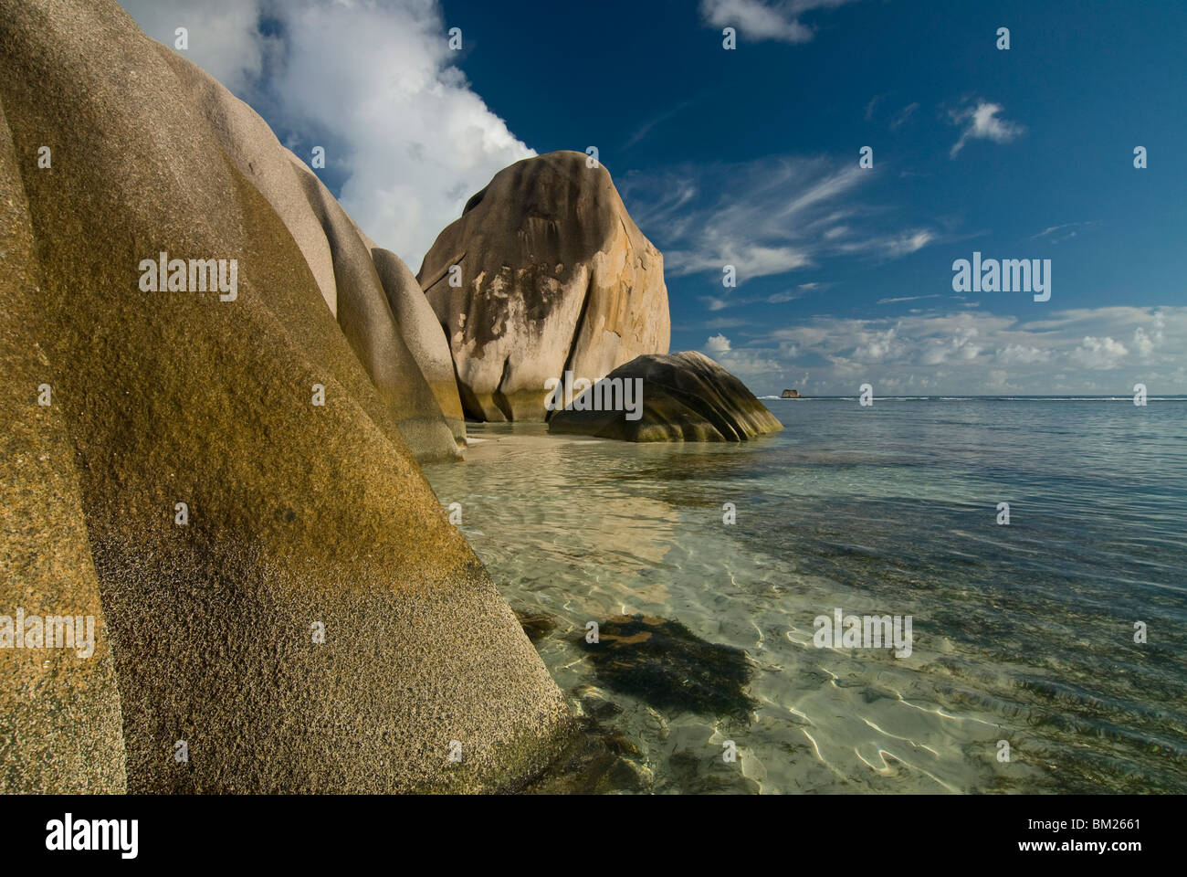 Granite rocks on the world famous beach, Source d'Argent, La Digue, Seychelles, Indian Ocean, Africa - Stock Image