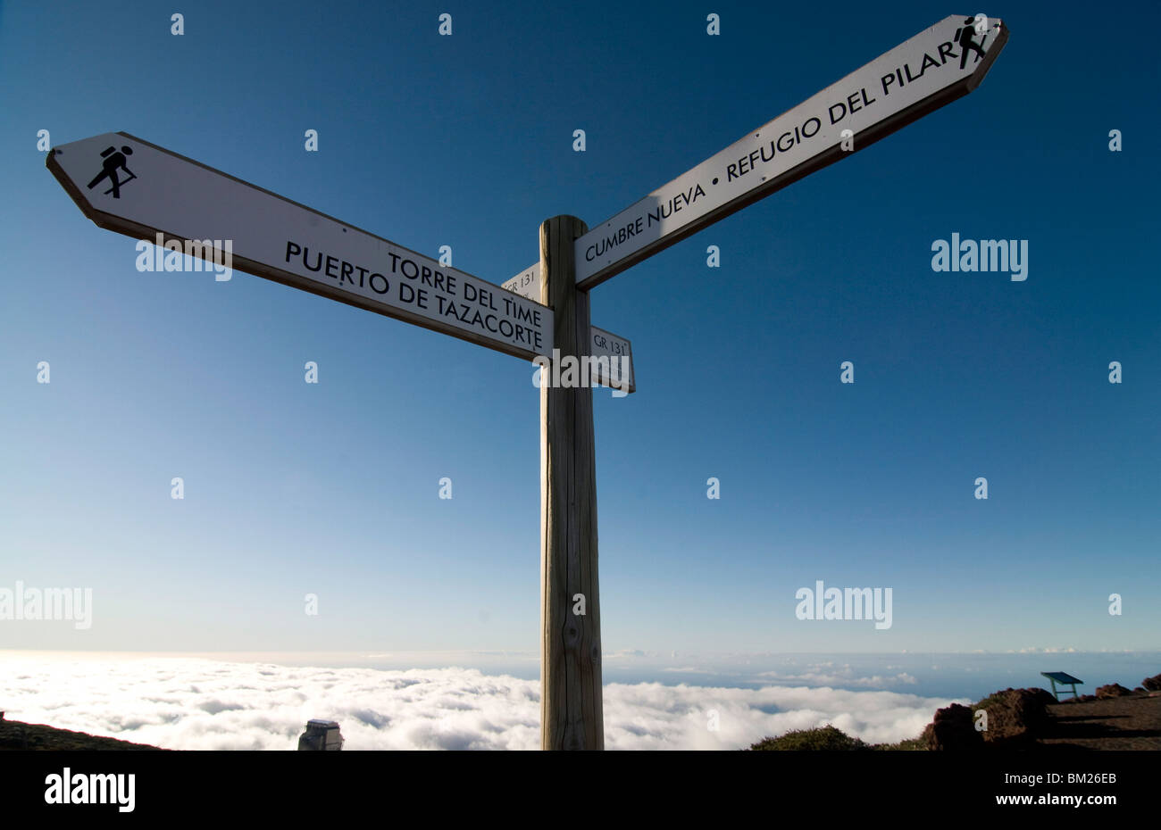 Signpost for trekkers above the clouds on top of the Taburiente, Canary Islands, Spain, Europe - Stock Image