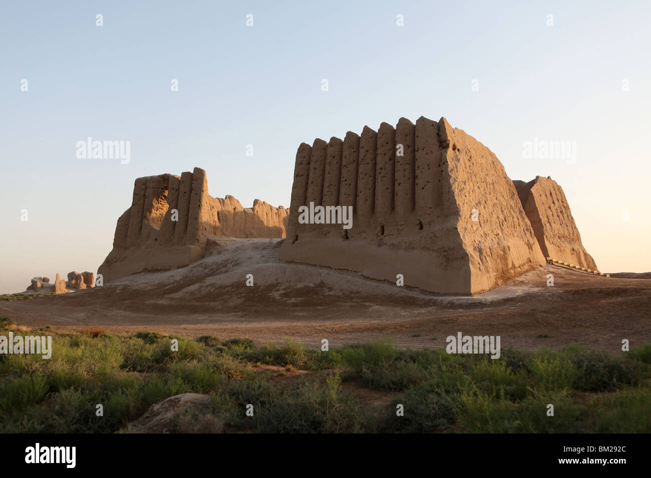 Ruins of Great or Big Kyz Kala Palace at ancient silk road city of Merv ( Mary ) in Turkmenistan. - Stock Image