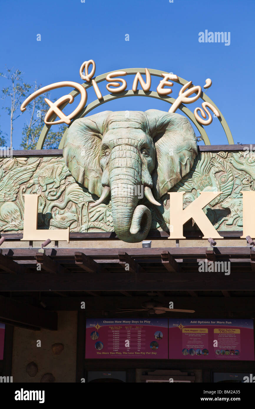 Orlando, FL - Jan 2009 - Elephant on sign at main entrance to Disney's Animal Kingdom in Orlando Florida - Stock Image