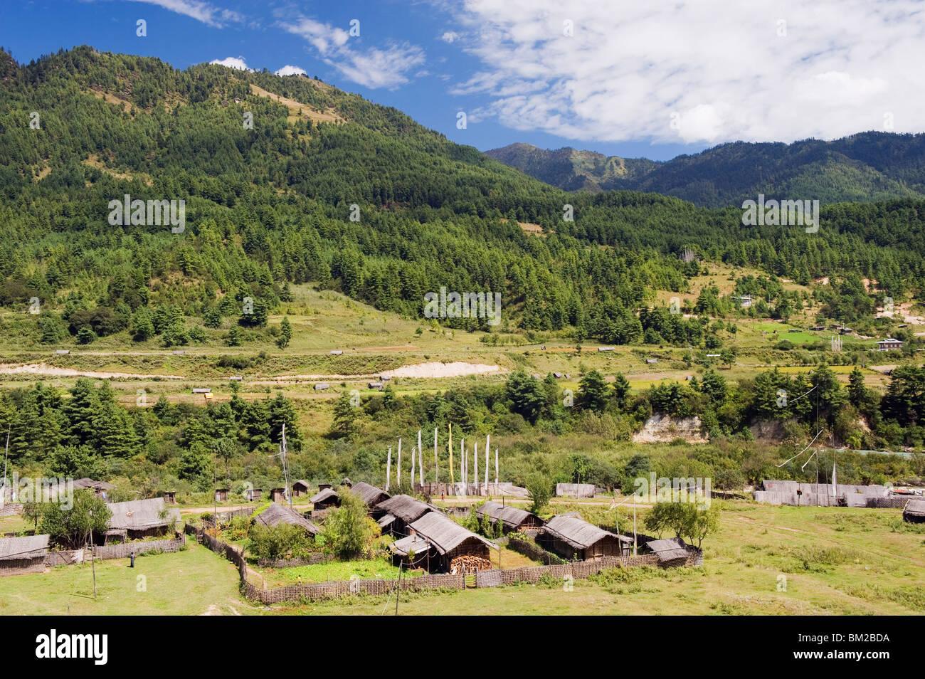 Farm houses, Bumthang, Chokor Valley, Bhutan - Stock Image