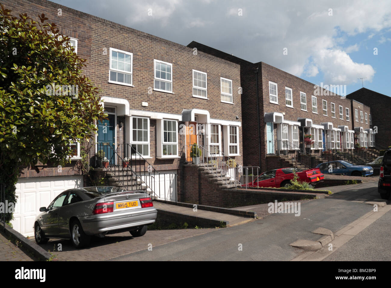 A row of modern terraced townhouse properties on Shaftesbury Way, Twickenham, Middx, UK. May 2010 - Stock Image