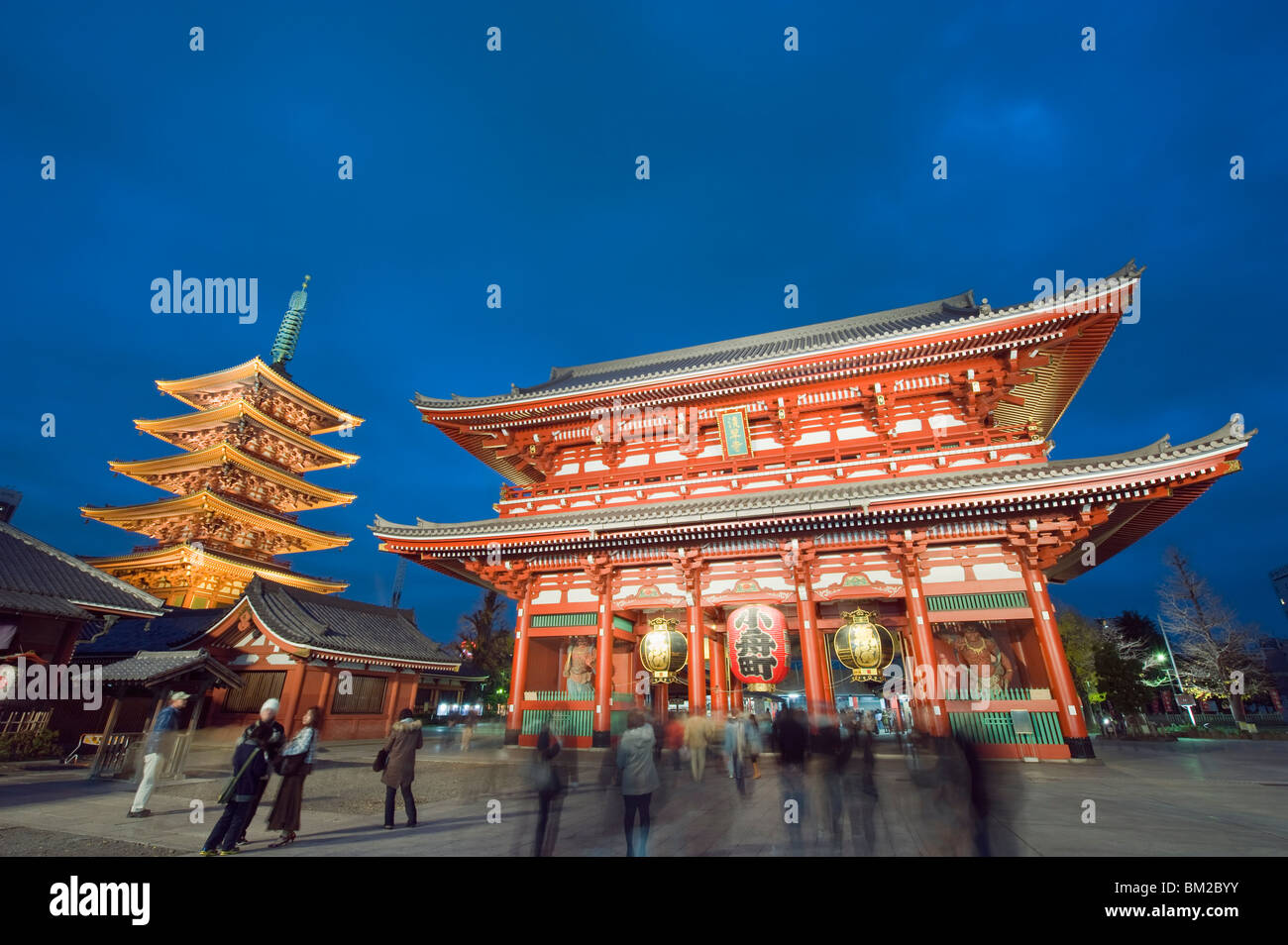 Sensoji temple illuminated at night, Asakusa, Tokyo, Japan - Stock Image