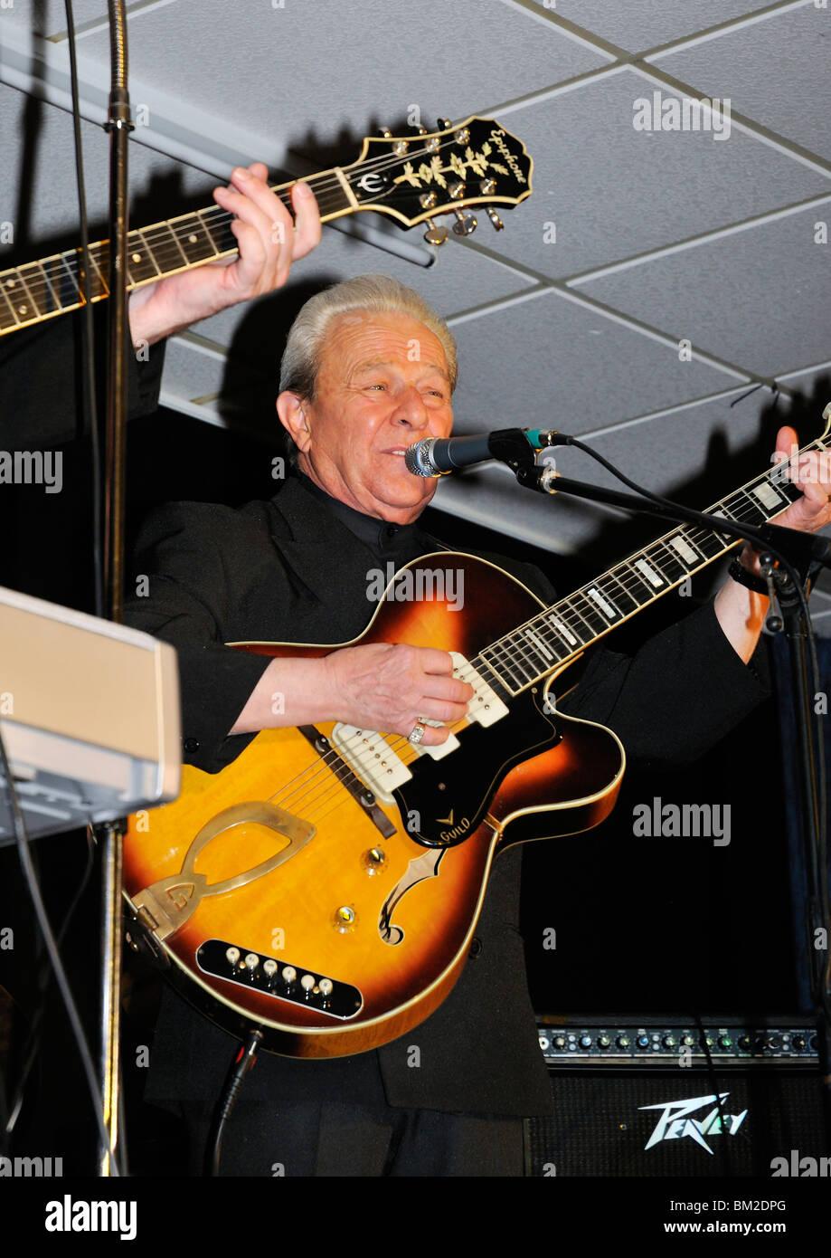 Charlie Gracie at The BAWA club, Bristol 25/04/2010 - Stock Image