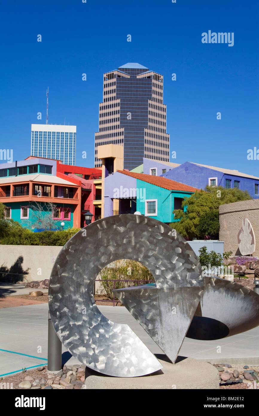 Arrows sculpture by Fred Borgherdt, La Placita Village, Tucson, Arizona, USA - Stock Image
