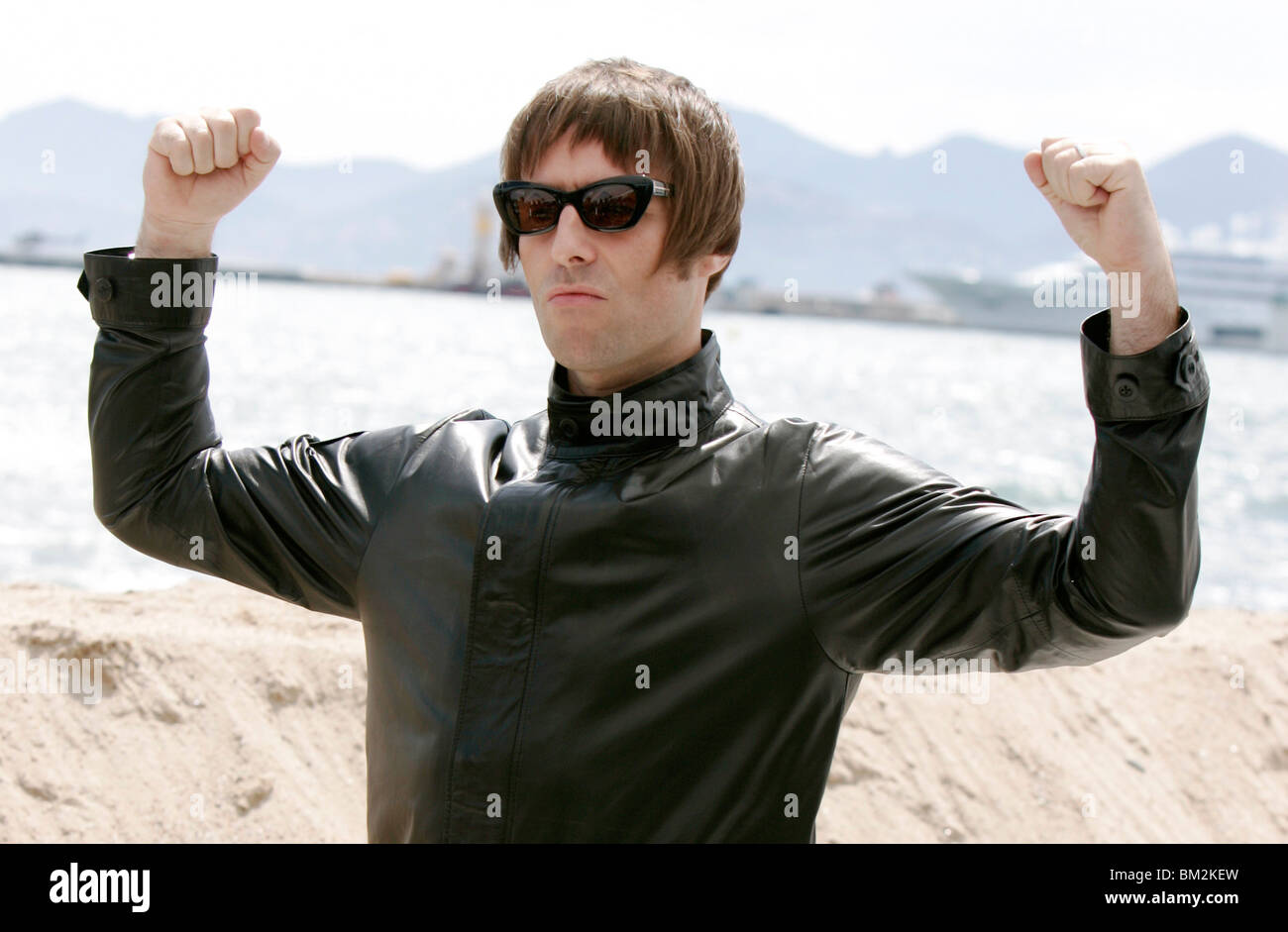 LIAM GALLAGHER THE LONGEST COCKTAIL PARTY PHOTOCALL PALAIS DES FESTIVALS CANNES FRANCE 14 May 2010 - Stock Image