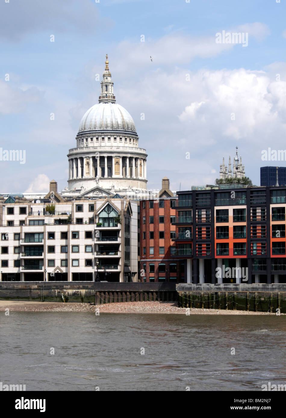 River Thames and St Paul's cathedral London Stock Photo