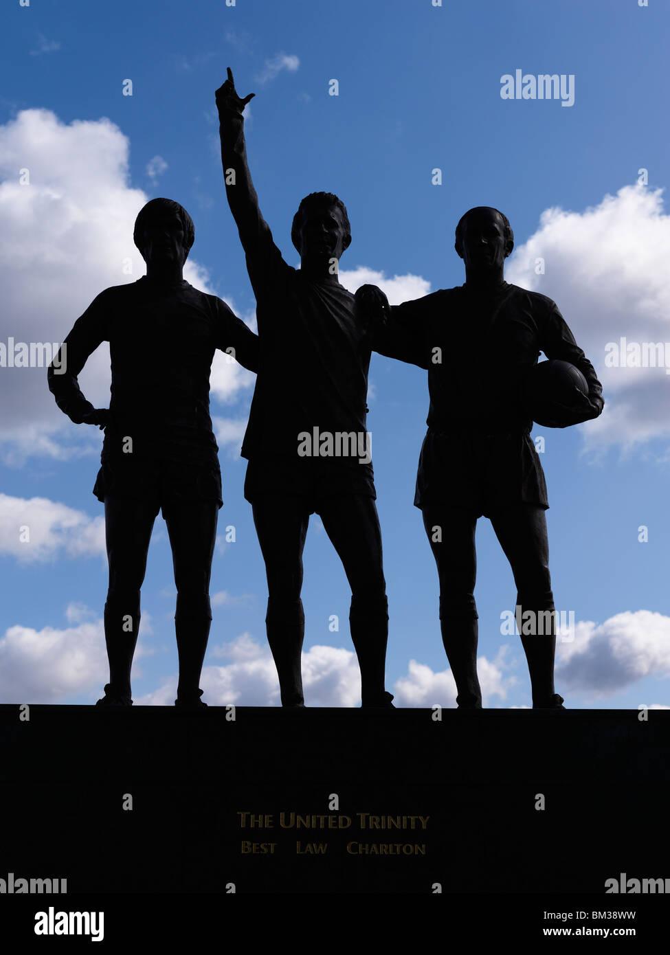 best law charlton statue old trafford stadium - Stock Image