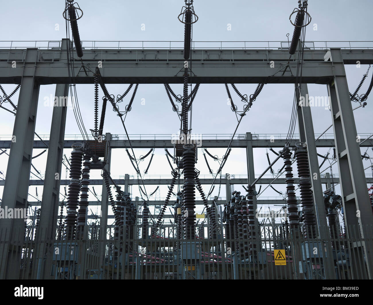 Electrical Switching Station Stock Photos & Electrical Switching ...