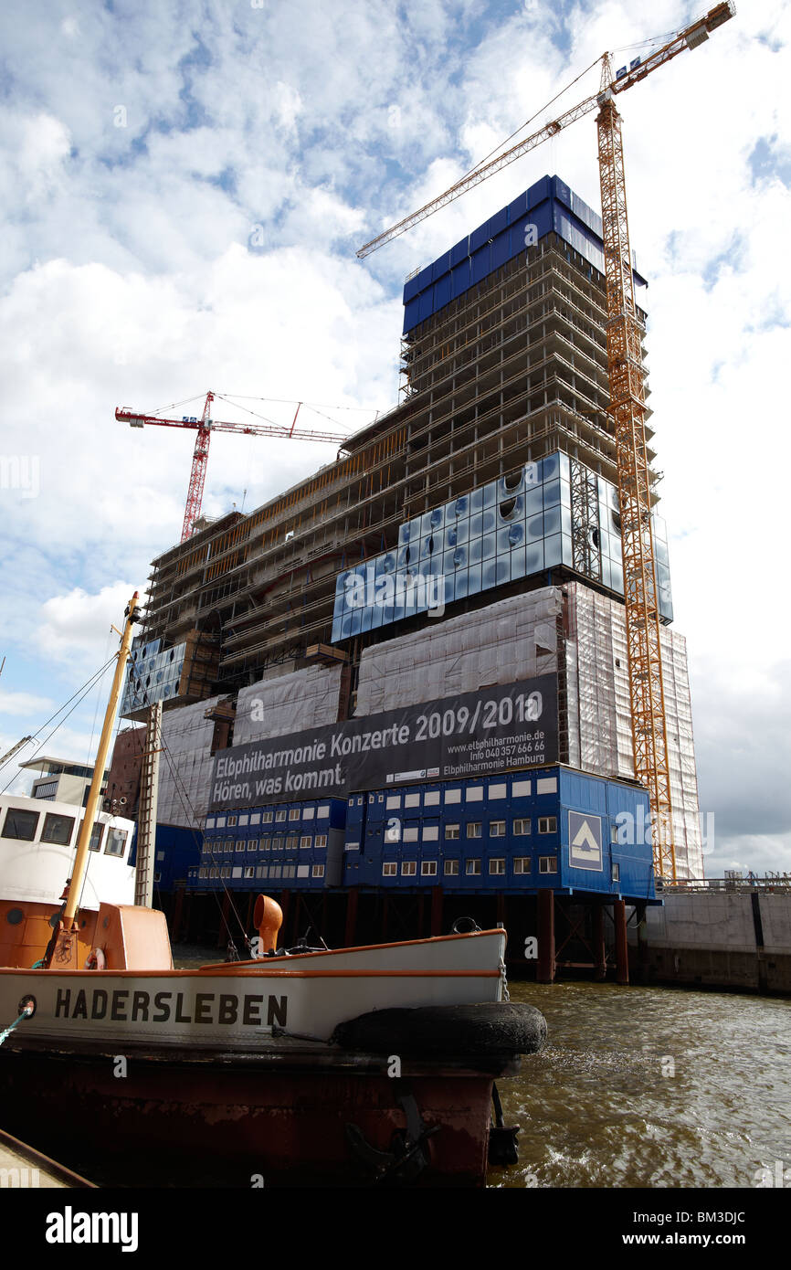 The construction site of the philharmonic hall 'Elbphilharmonie' - Stock Image