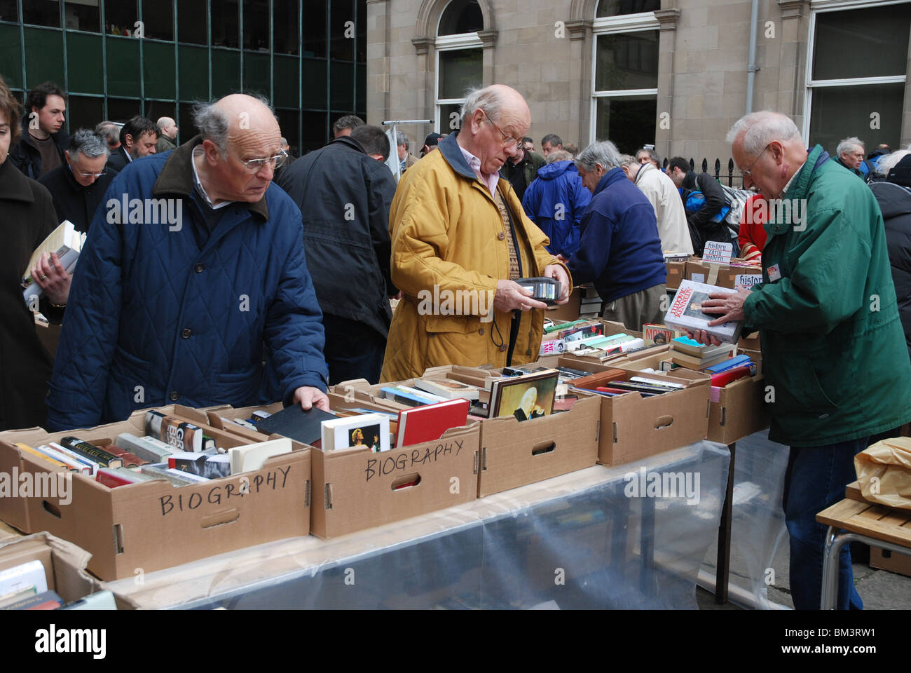 Customers at the annual Christian Aid Book Sale at St Andrew's and St George's West Church on George Street, - Stock Image