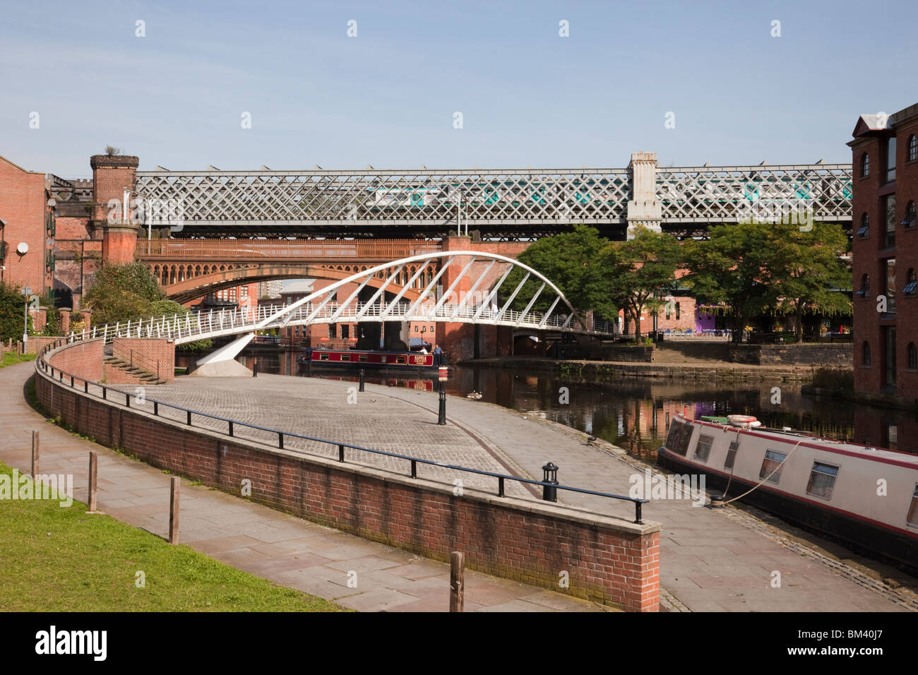 Manchester England Uk The Bridgewater Canal In