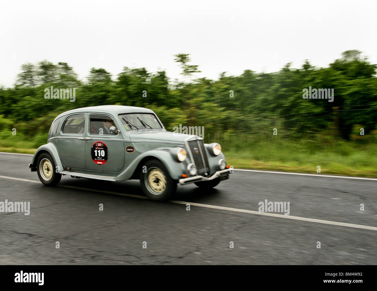 1949 Lancia Aprilia just outside Rome during the 2010 Mille Miglia - Stock Image